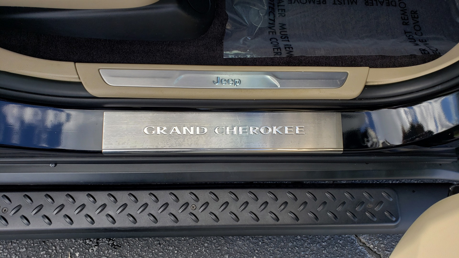 Used 2018 Jeep GRAND CHEROKEE LIMITED 4X4 / NAV / SUNROOF / HTD STS / REARVIEW for sale Sold at Formula Imports in Charlotte NC 28227 71