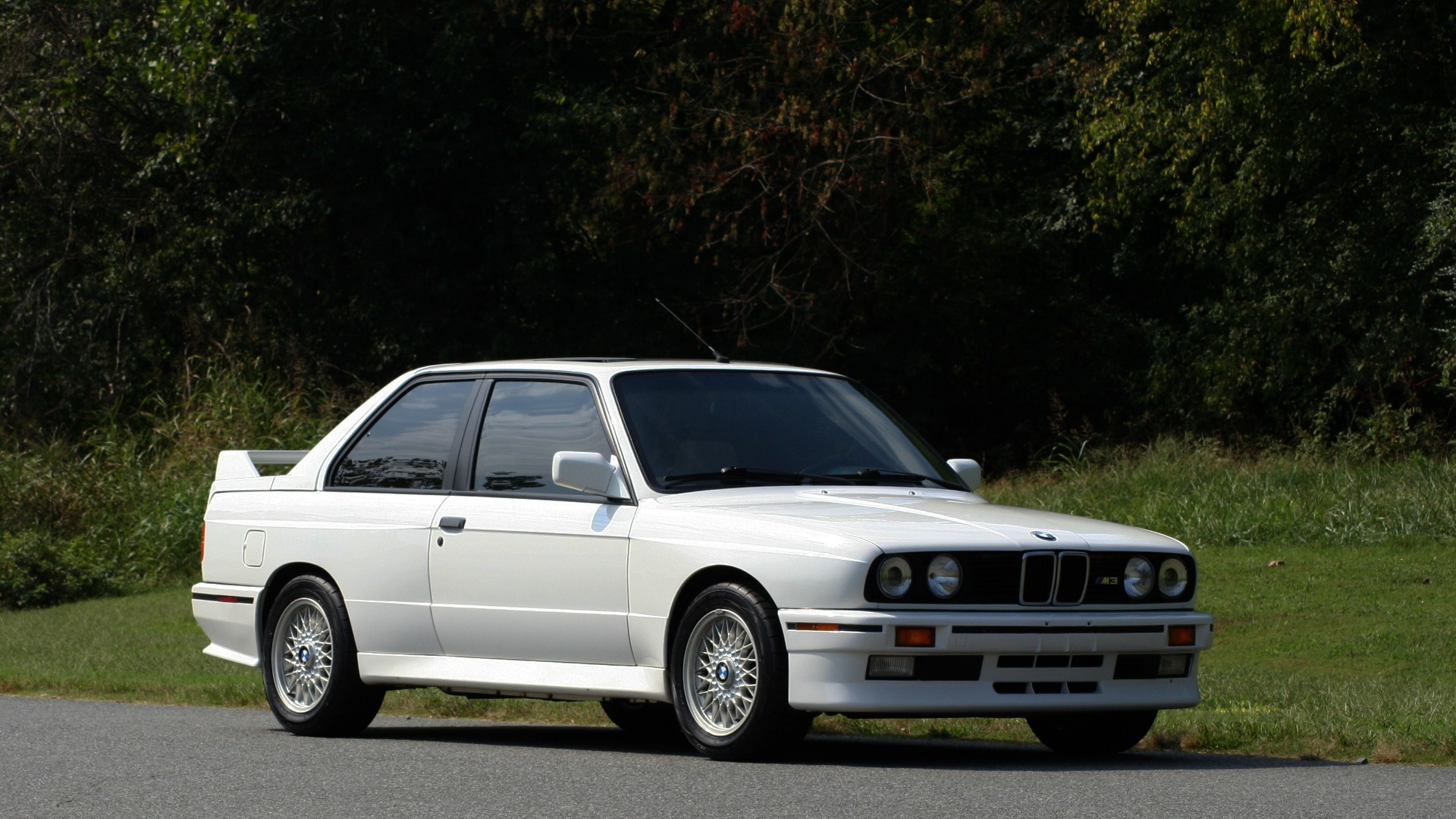 Used 1989 BMW M3 COUPE 2DR / 5-SPEED MAN / LOW MILES / SUPER CLEAN for sale Sold at Formula Imports in Charlotte NC 28227 12