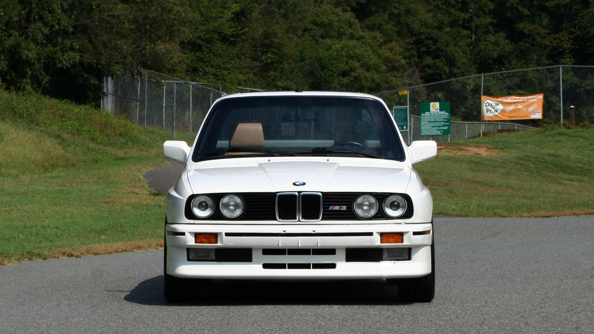 Used 1989 BMW M3 COUPE 2DR / 5-SPEED MAN / LOW MILES / SUPER CLEAN for sale Sold at Formula Imports in Charlotte NC 28227 14