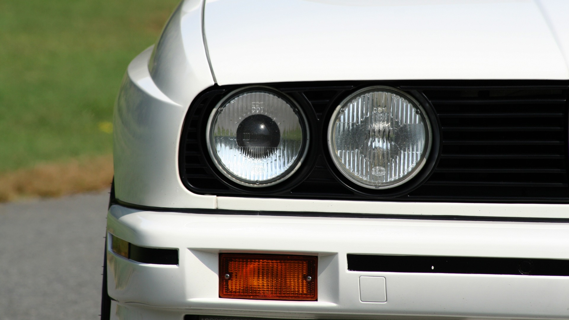 Used 1989 BMW M3 COUPE 2DR / 5-SPEED MAN / LOW MILES / SUPER CLEAN for sale Sold at Formula Imports in Charlotte NC 28227 15