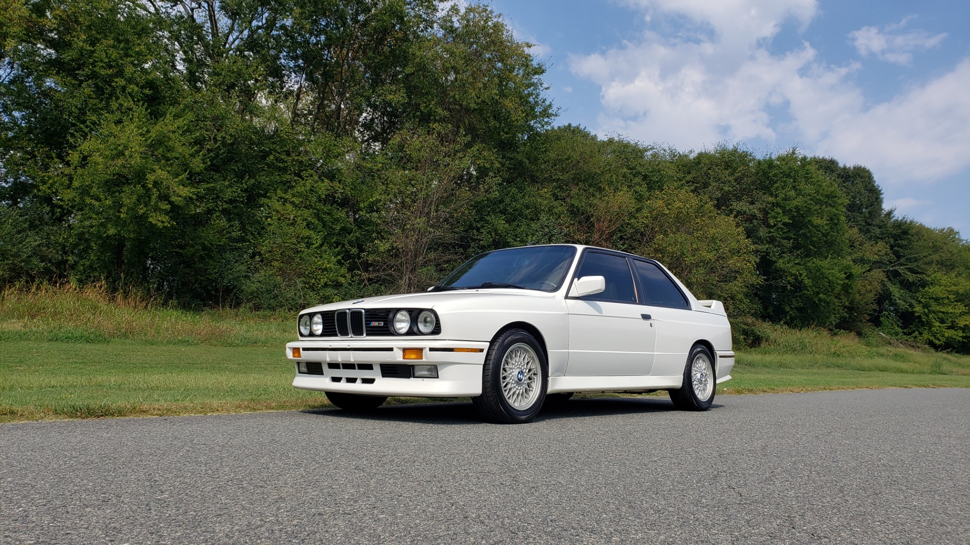 Used 1989 BMW M3 COUPE 2DR / 5-SPEED MAN / LOW MILES / SUPER CLEAN for sale Sold at Formula Imports in Charlotte NC 28227 17