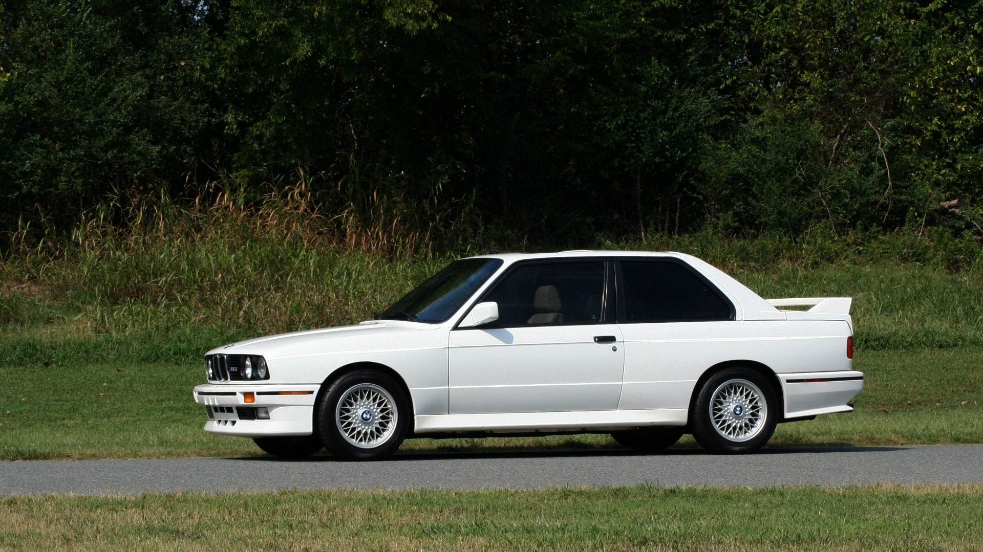 Used 1989 BMW M3 COUPE 2DR / 5-SPEED MAN / LOW MILES / SUPER CLEAN for sale Sold at Formula Imports in Charlotte NC 28227 2