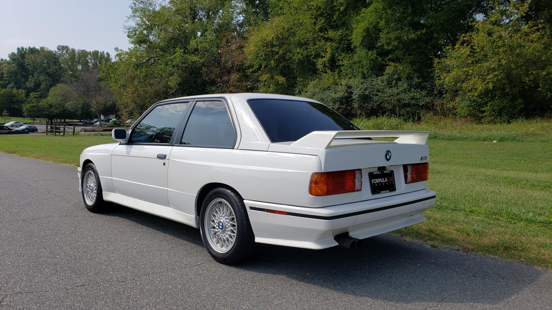 Used 1989 BMW M3 COUPE 2DR / 5-SPEED MAN / LOW MILES / SUPER CLEAN for sale Sold at Formula Imports in Charlotte NC 28227 20