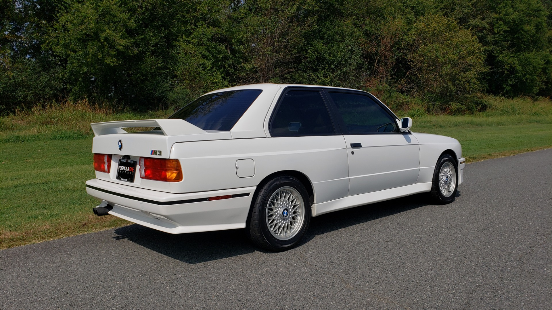 Used 1989 BMW M3 COUPE 2DR / 5-SPEED MAN / LOW MILES / SUPER CLEAN for sale Sold at Formula Imports in Charlotte NC 28227 26
