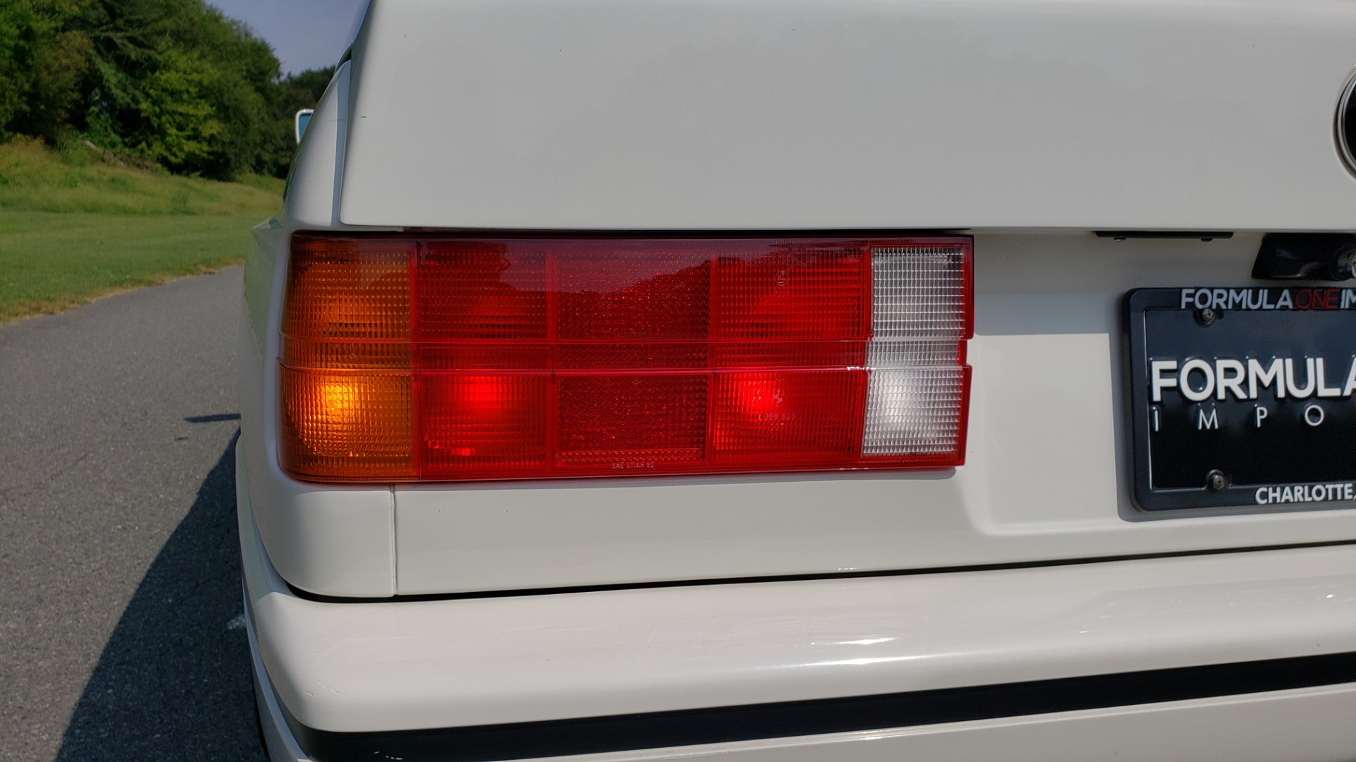 Used 1989 BMW M3 COUPE 2DR / 5-SPEED MAN / LOW MILES / SUPER CLEAN for sale Sold at Formula Imports in Charlotte NC 28227 30