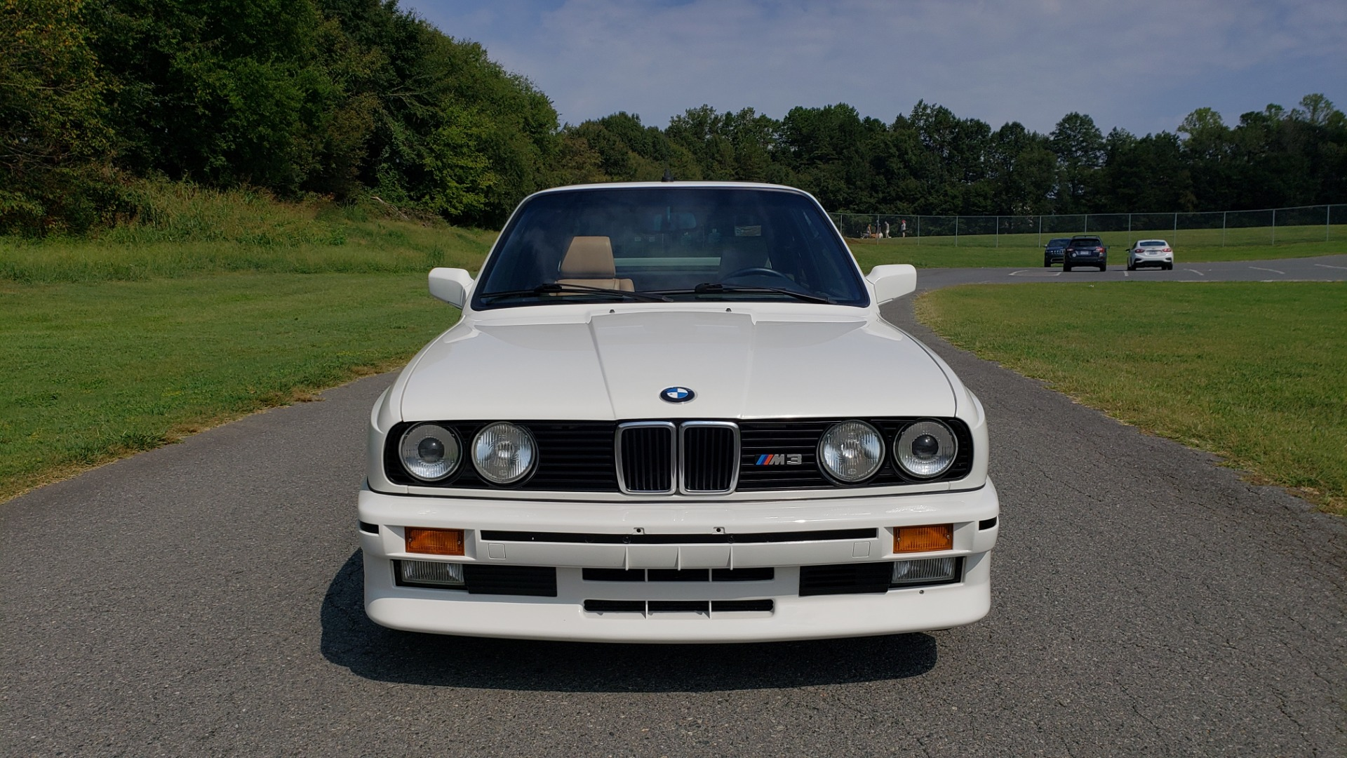 Used 1989 BMW M3 COUPE 2DR / 5-SPEED MAN / LOW MILES / SUPER CLEAN for sale Sold at Formula Imports in Charlotte NC 28227 33