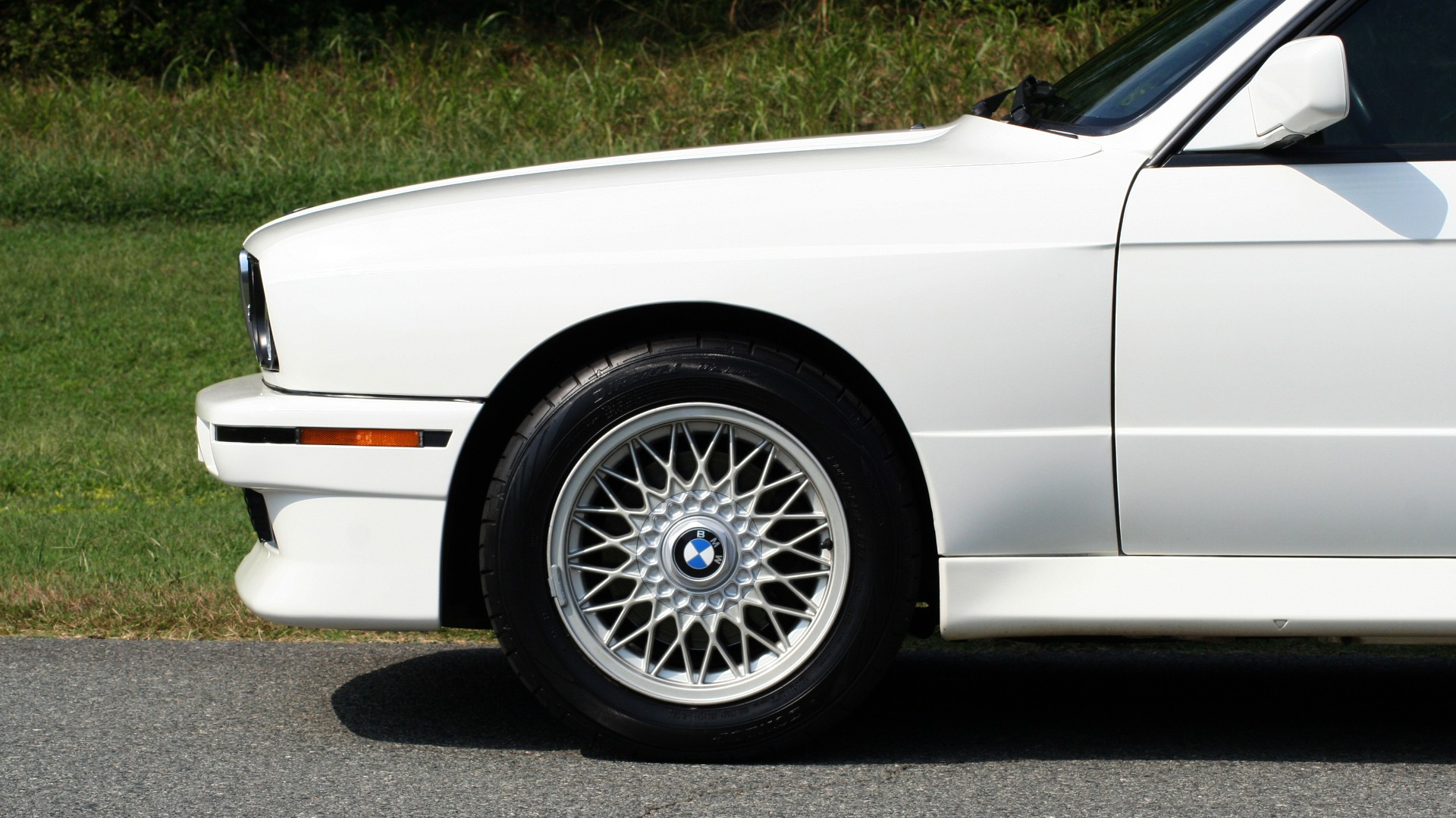Used 1989 BMW M3 COUPE 2DR / 5-SPEED MAN / LOW MILES / SUPER CLEAN for sale Sold at Formula Imports in Charlotte NC 28227 5