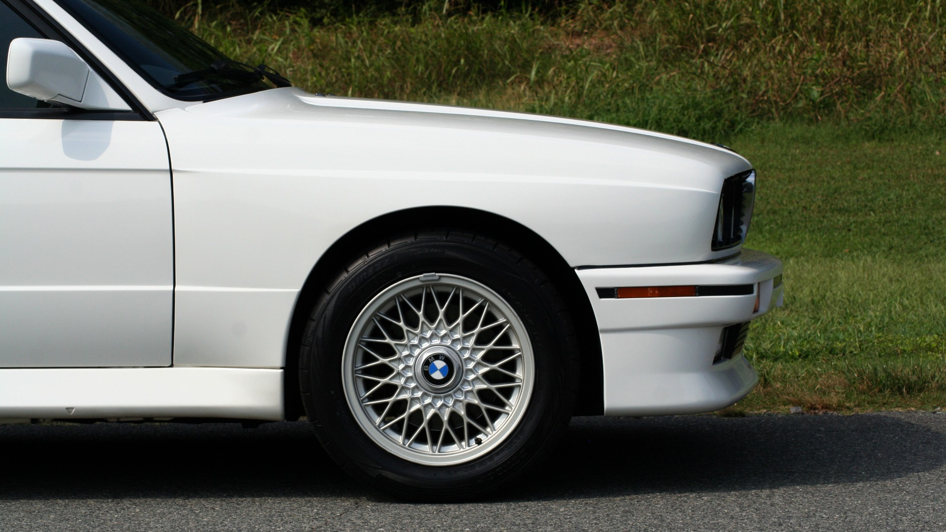 Used 1989 BMW M3 COUPE 2DR / 5-SPEED MAN / LOW MILES / SUPER CLEAN for sale Sold at Formula Imports in Charlotte NC 28227 7