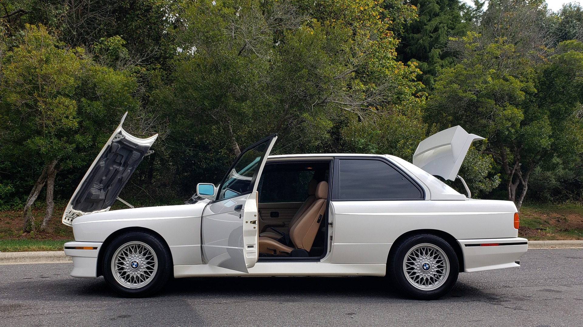 Used 1989 BMW M3 COUPE 2DR / 5-SPEED MAN / LOW MILES / SUPER CLEAN for sale Sold at Formula Imports in Charlotte NC 28227 81
