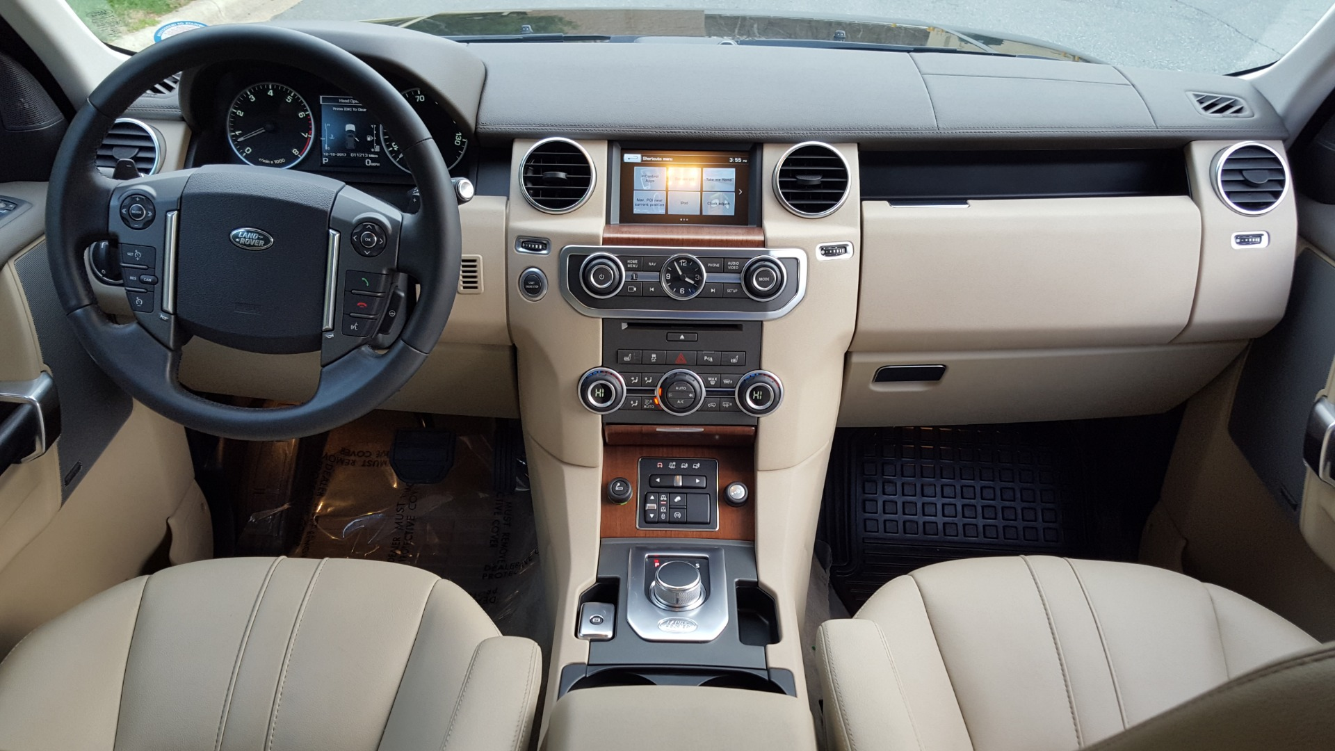 Used 2016 Land Rover LR4 HSE SC V6 / 4WD / NAV / SUNROOF / COMFORT / MERIDIAN / REARVIEW for sale Sold at Formula Imports in Charlotte NC 28227 96