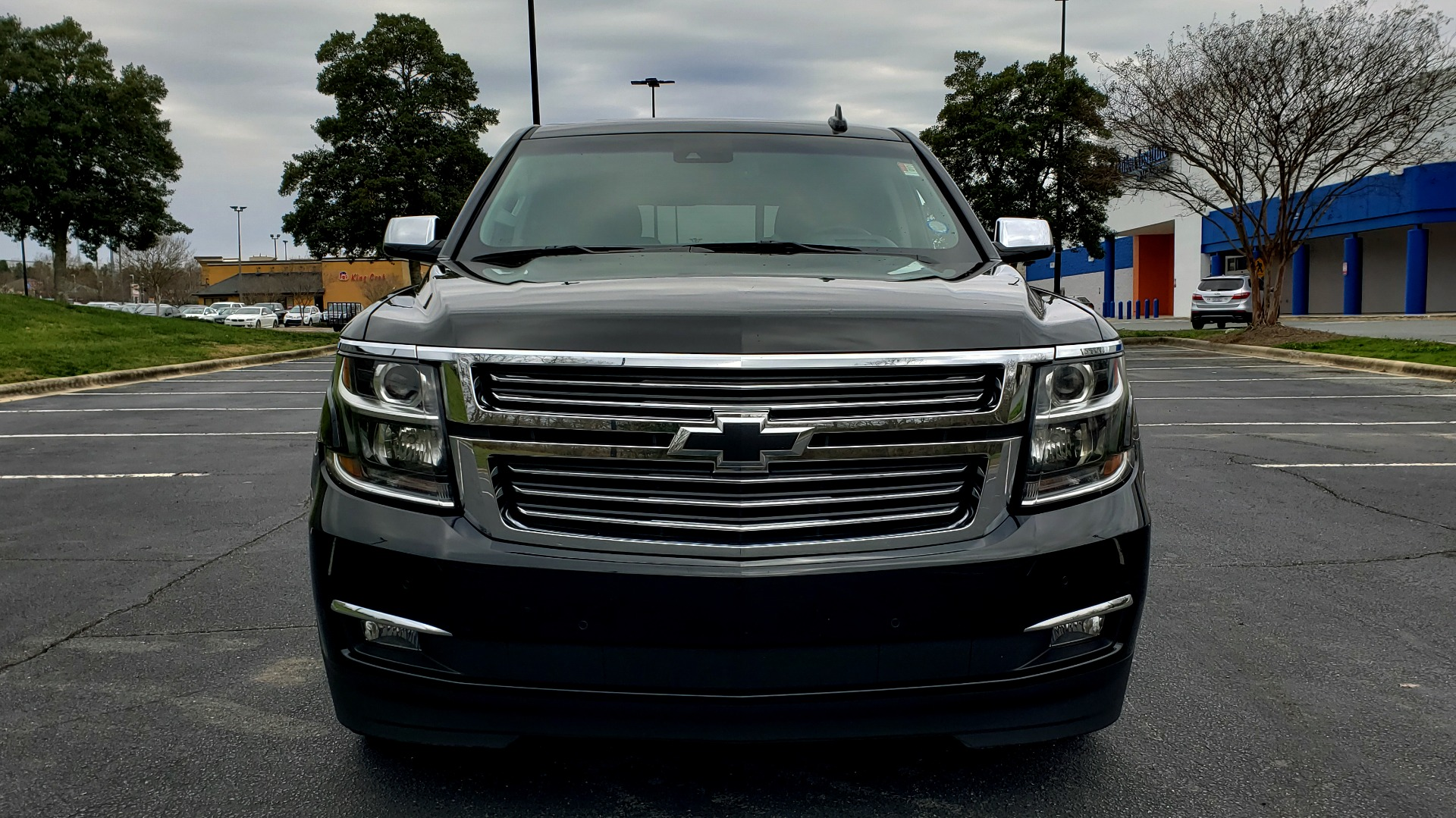 Used 2017 Chevrolet TAHOE PREMIER 4WD / NAV / SNRF / ENTERT / REARVIEW / 3-ROW for sale Sold at Formula Imports in Charlotte NC 28227 21