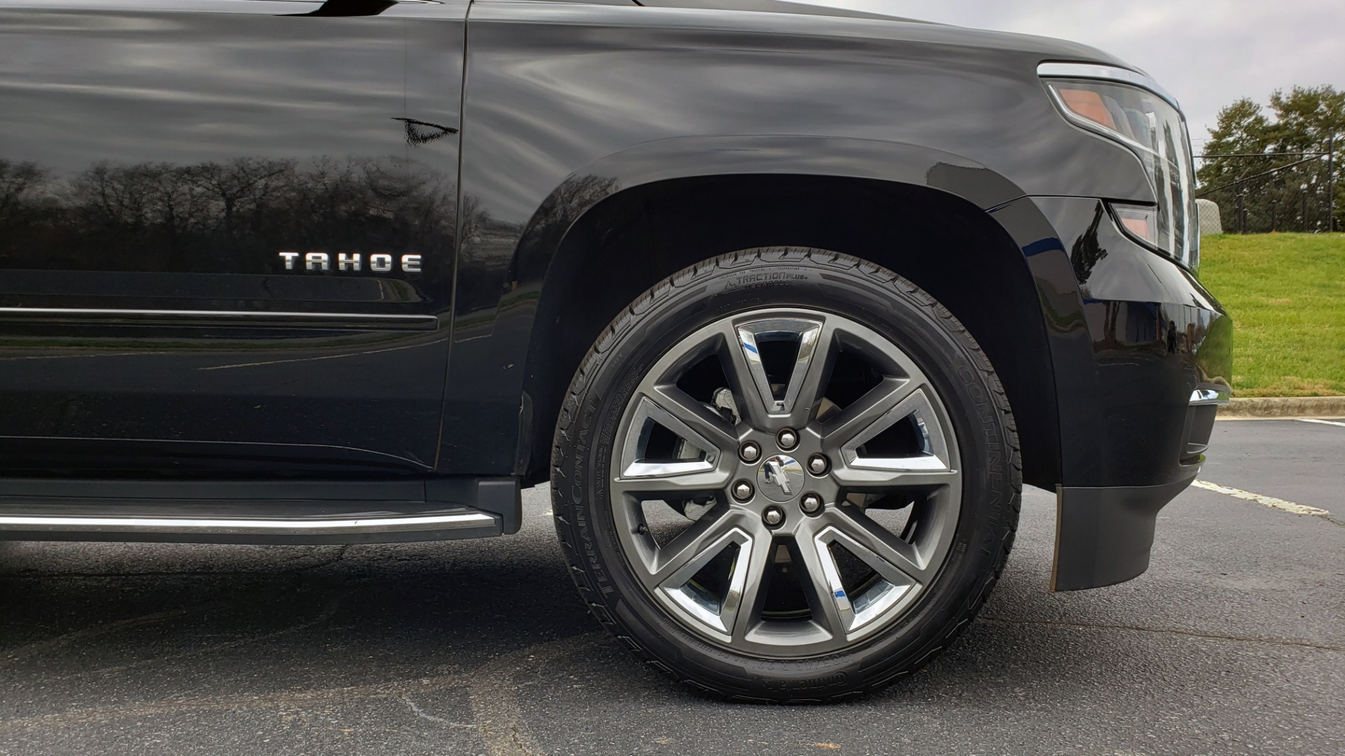 Used 2017 Chevrolet TAHOE PREMIER 4WD / NAV / SNRF / ENTERT / REARVIEW / 3-ROW for sale Sold at Formula Imports in Charlotte NC 28227 83