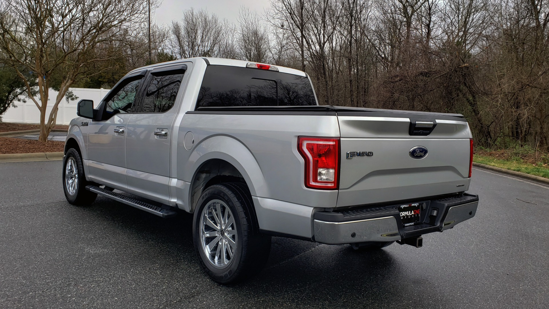 Used 2015 Ford F-150 XLT 4X2 SUPERCREW / 5.0L V8 / SYNC / REARVIEW for sale Sold at Formula Imports in Charlotte NC 28227 3