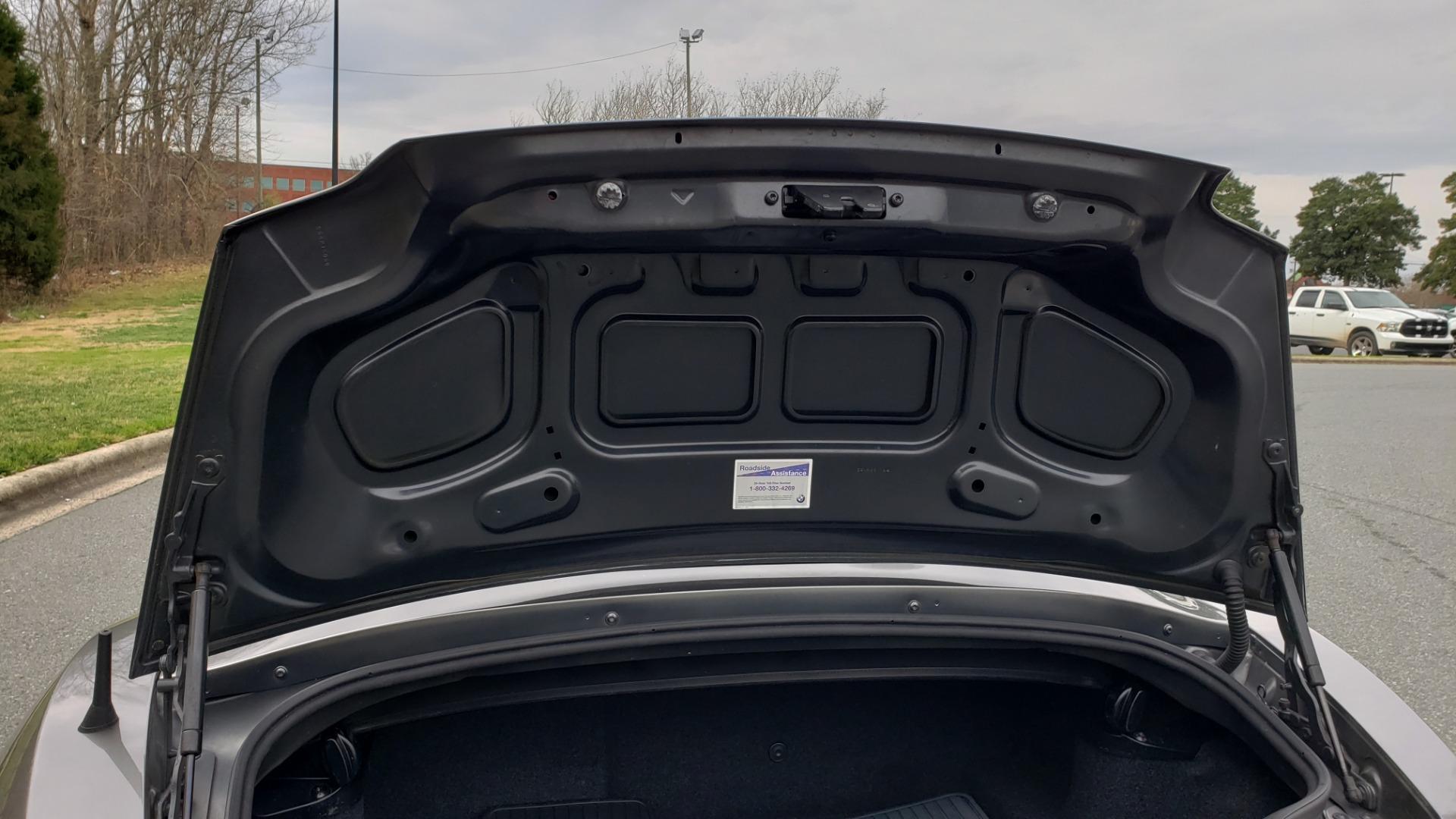 Used 2003 BMW Z4 3.0i ROADSTER / 6-SPD MAN / PREMIUM PKG / SPORT PKG / HTD STS for sale Sold at Formula Imports in Charlotte NC 28227 18