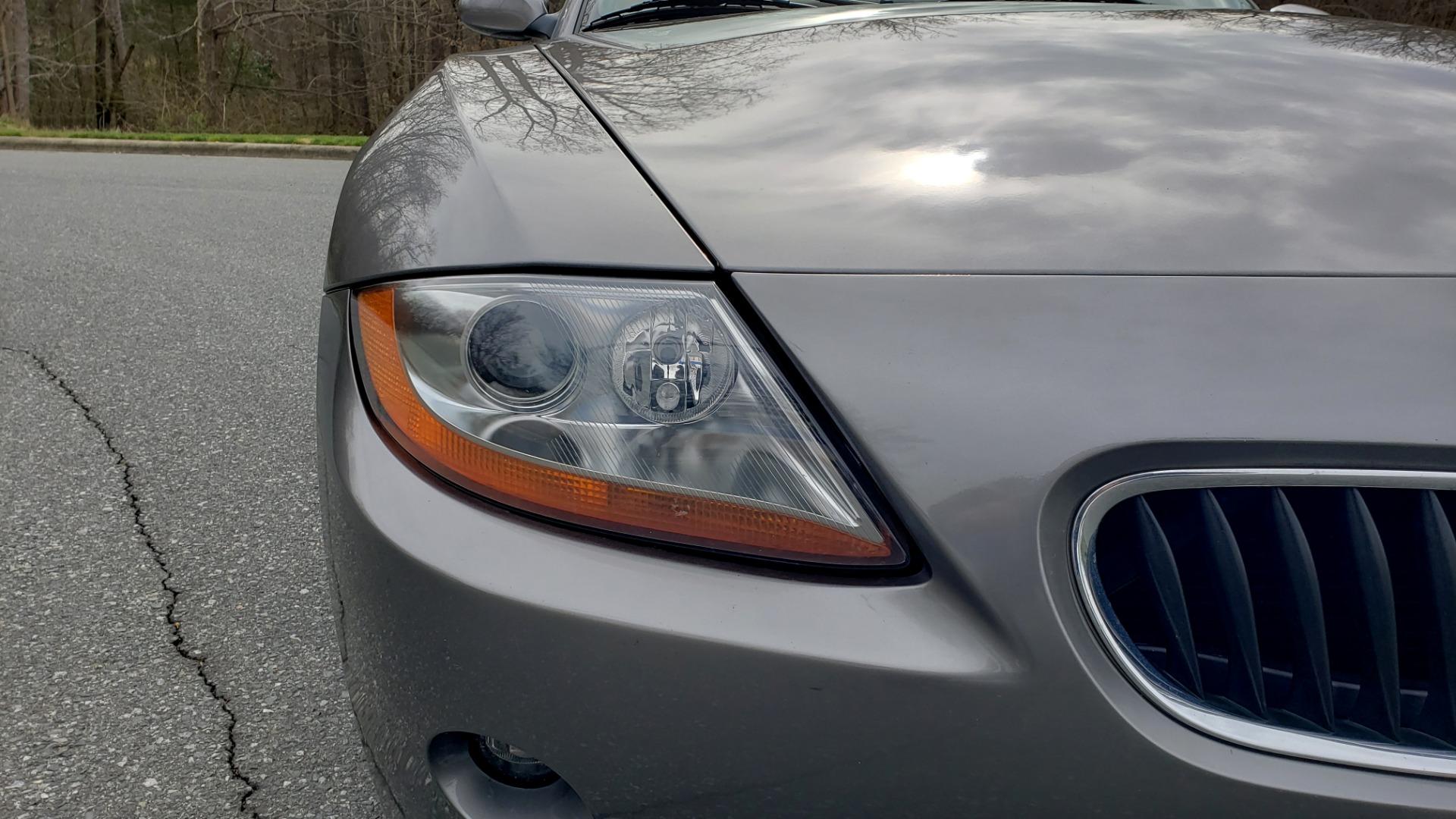 Used 2003 BMW Z4 3.0i ROADSTER / 6-SPD MAN / PREMIUM PKG / SPORT PKG / HTD STS for sale Sold at Formula Imports in Charlotte NC 28227 21