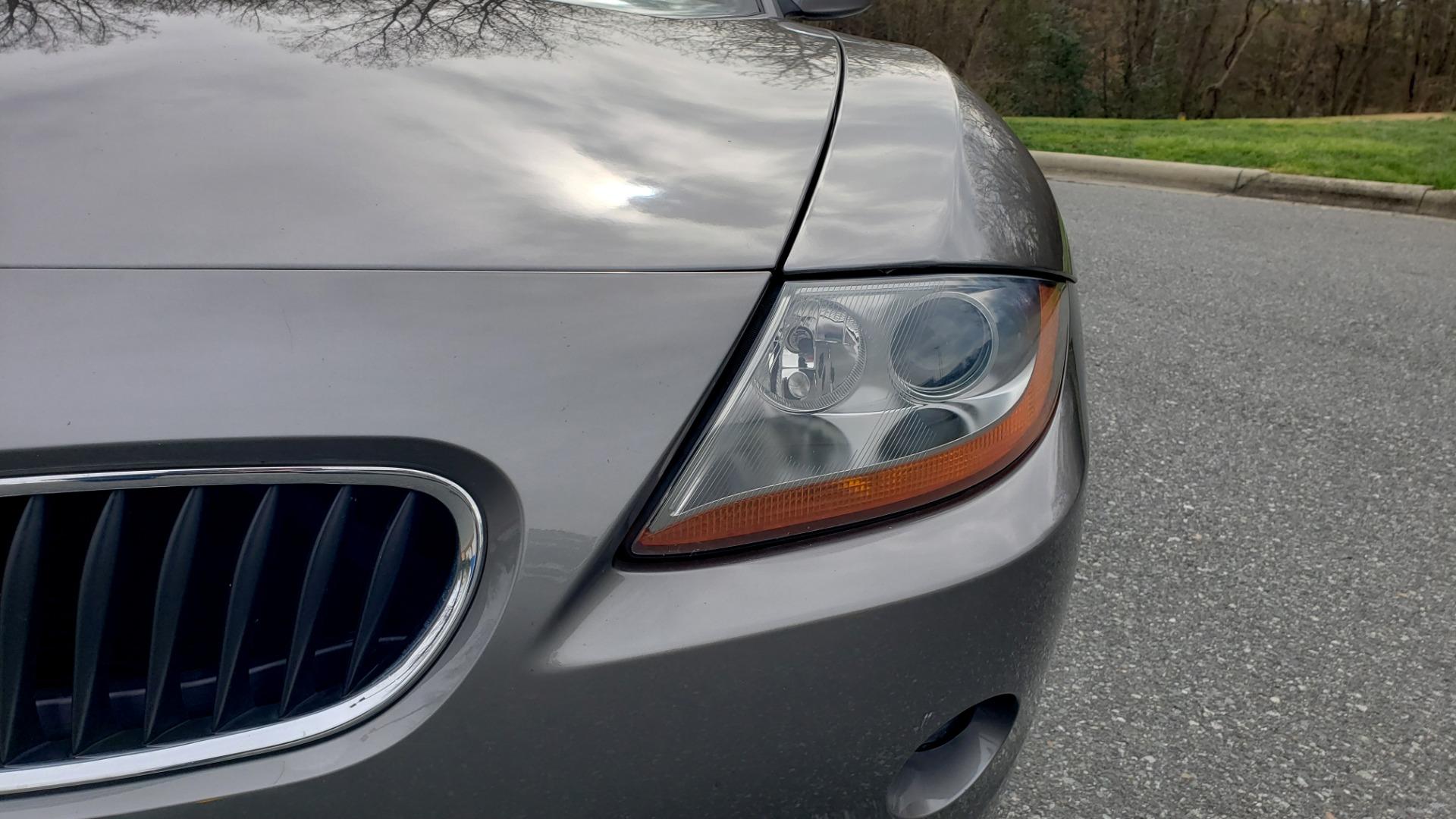 Used 2003 BMW Z4 3.0i ROADSTER / 6-SPD MAN / PREMIUM PKG / SPORT PKG / HTD STS for sale Sold at Formula Imports in Charlotte NC 28227 22