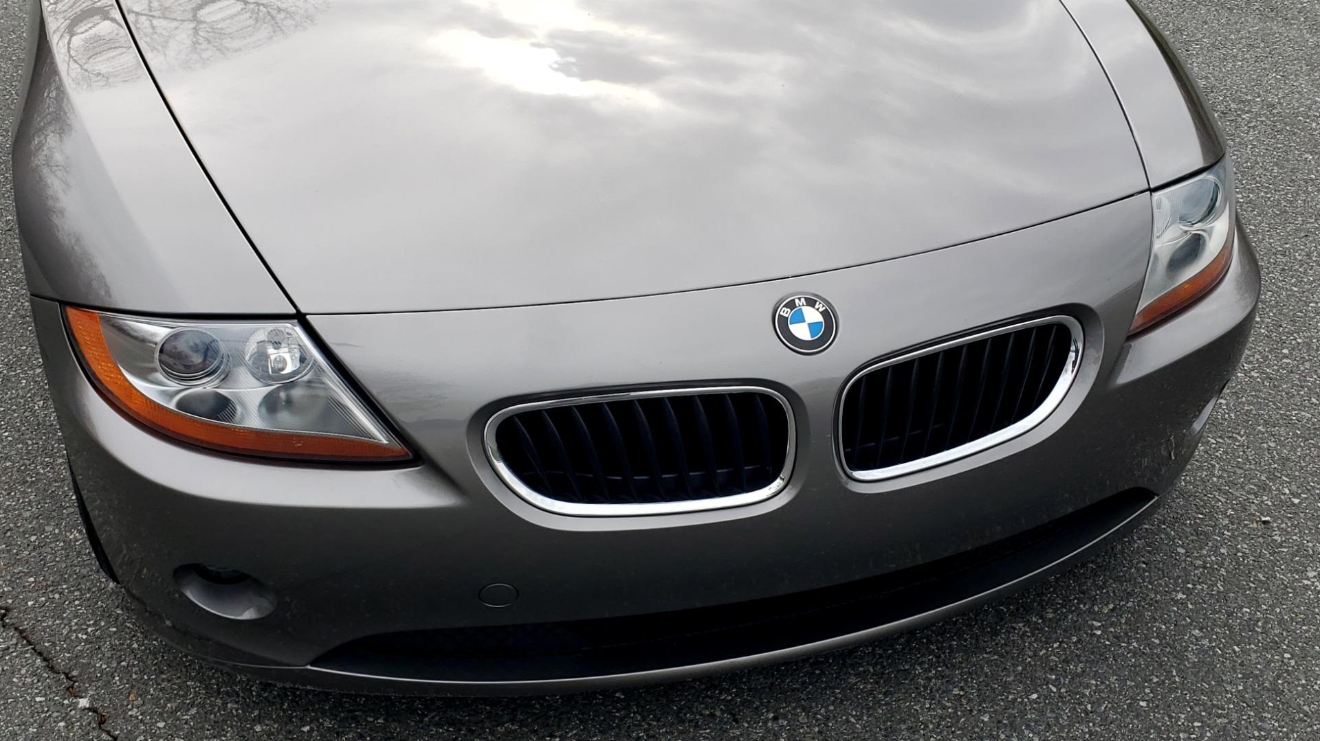 Used 2003 BMW Z4 3.0i ROADSTER / 6-SPD MAN / PREMIUM PKG / SPORT PKG / HTD STS for sale Sold at Formula Imports in Charlotte NC 28227 23