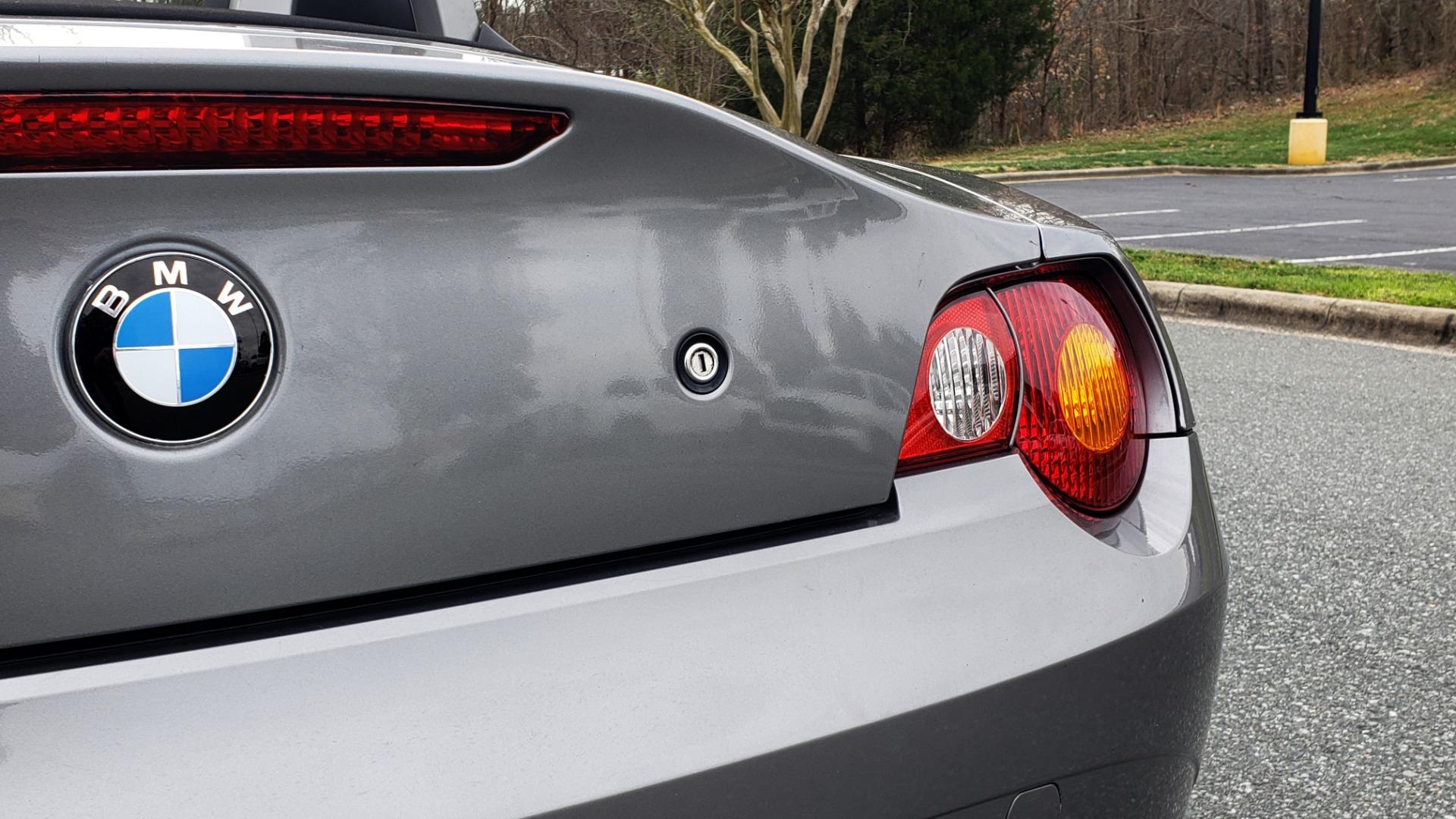 Used 2003 BMW Z4 3.0i ROADSTER / 6-SPD MAN / PREMIUM PKG / SPORT PKG / HTD STS for sale Sold at Formula Imports in Charlotte NC 28227 29