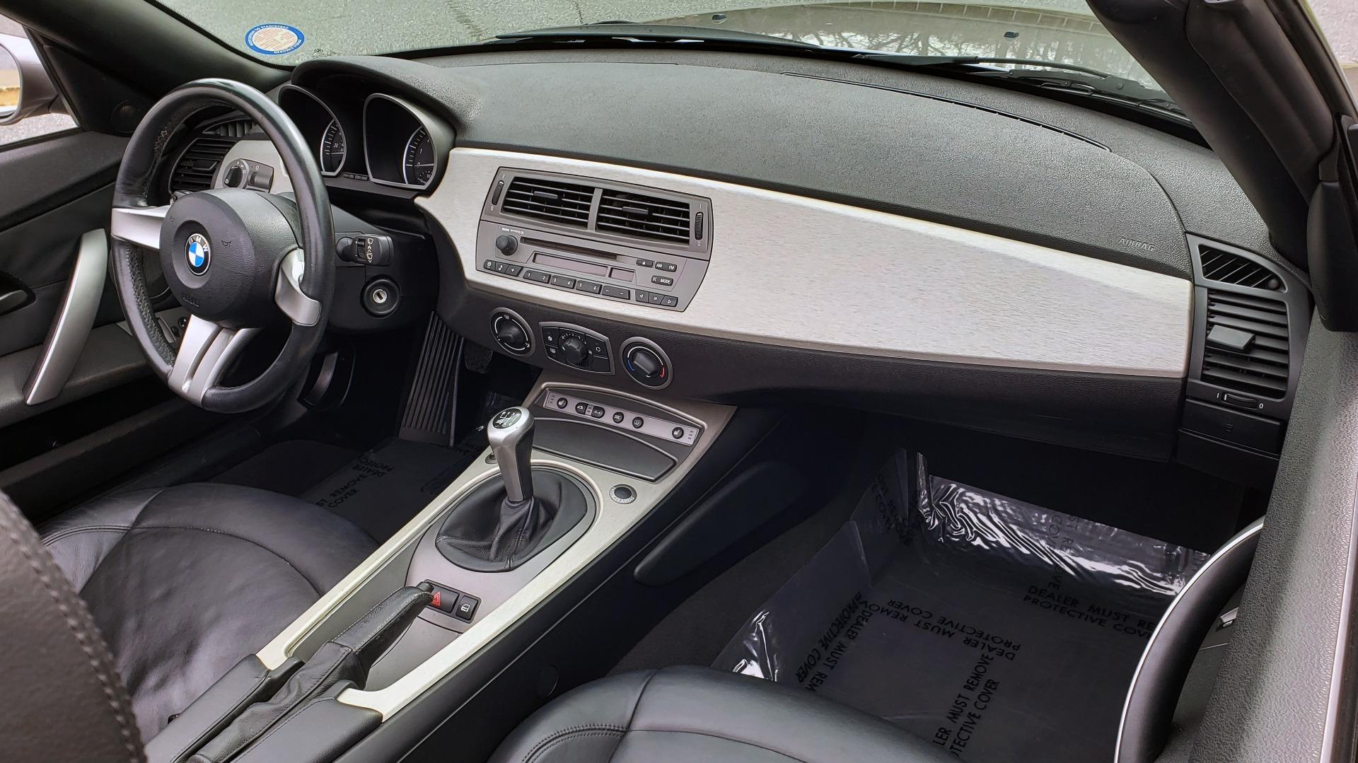 Used 2003 BMW Z4 3.0i ROADSTER / 6-SPD MAN / PREMIUM PKG / SPORT PKG / HTD STS for sale Sold at Formula Imports in Charlotte NC 28227 36