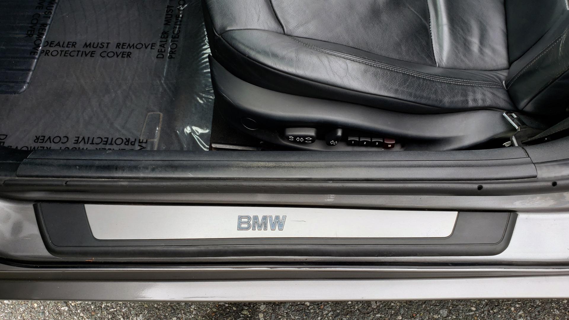 Used 2003 BMW Z4 3.0i ROADSTER / 6-SPD MAN / PREMIUM PKG / SPORT PKG / HTD STS for sale Sold at Formula Imports in Charlotte NC 28227 40