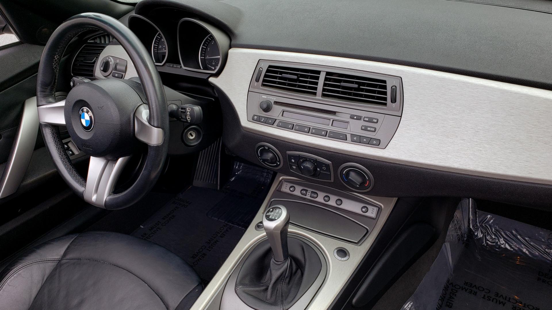 Used 2003 BMW Z4 3.0i ROADSTER / 6-SPD MAN / PREMIUM PKG / SPORT PKG / HTD STS for sale Sold at Formula Imports in Charlotte NC 28227 49