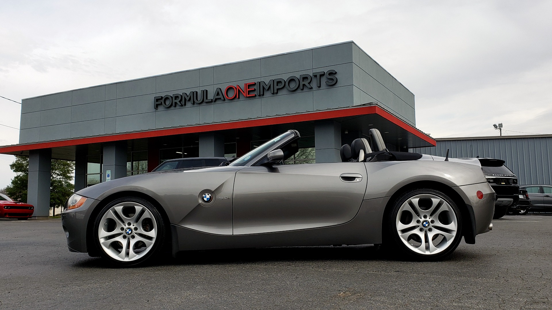 Used 2003 BMW Z4 3.0i ROADSTER / 6-SPD MAN / PREMIUM PKG / SPORT PKG / HTD STS for sale Sold at Formula Imports in Charlotte NC 28227 72