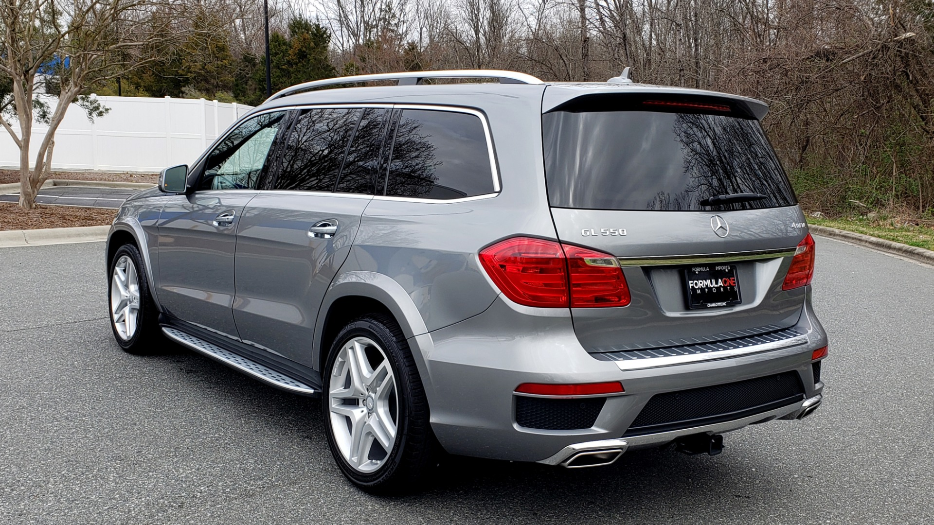 Used 2016 Mercedes-Benz GL 550 4MATIC / NAV / DRVR ASST / DUAL-ROOF / REARVIEW for sale Sold at Formula Imports in Charlotte NC 28227 3