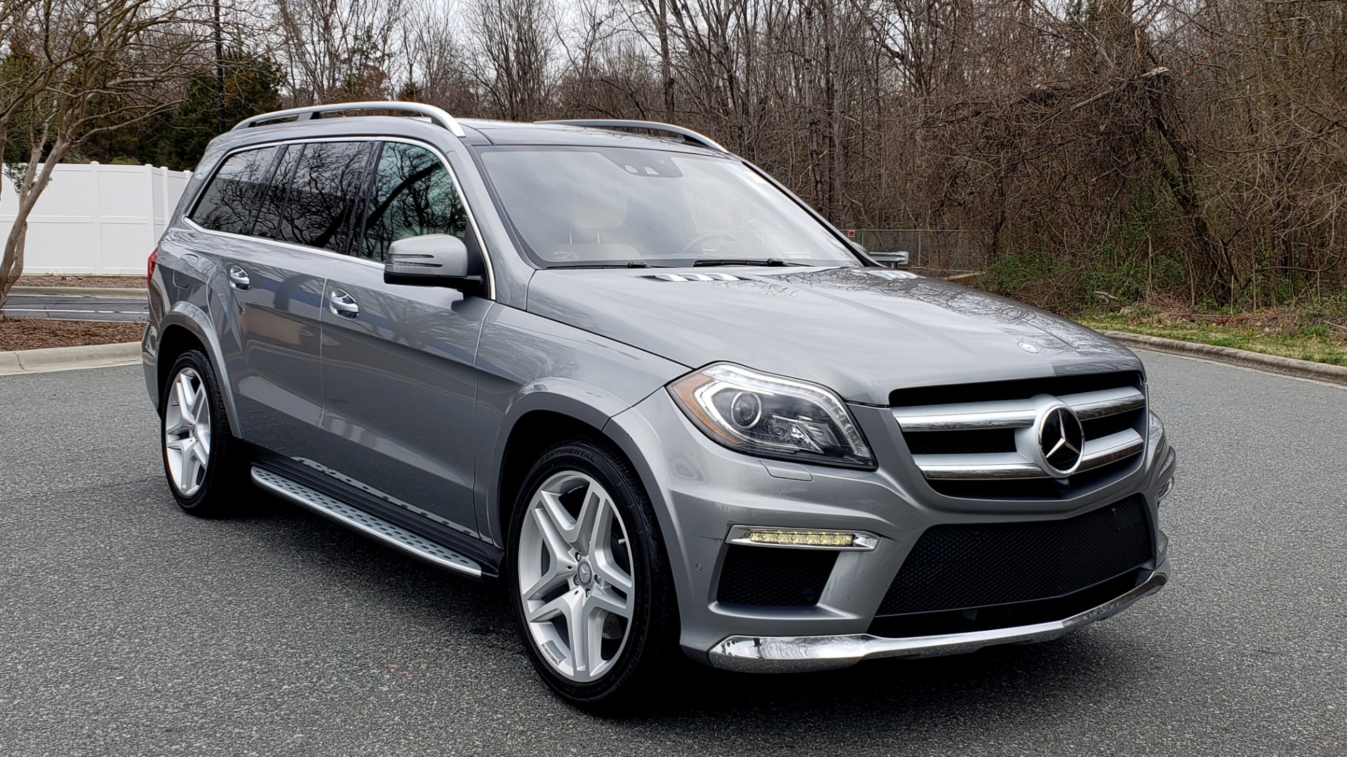 Used 2016 Mercedes-Benz GL 550 4MATIC / NAV / DRVR ASST / DUAL-ROOF / REARVIEW for sale Sold at Formula Imports in Charlotte NC 28227 4