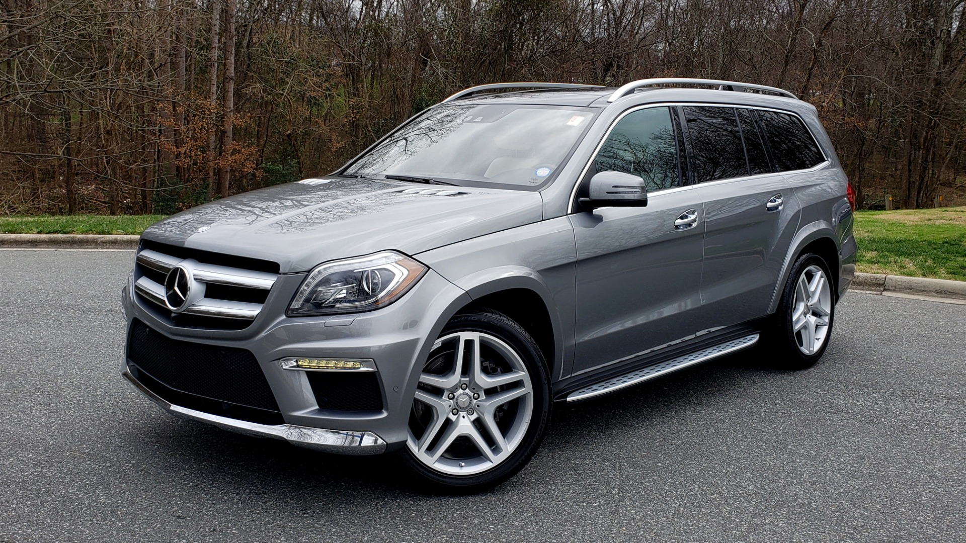 Used 2016 Mercedes-Benz GL 550 4MATIC / NAV / DRVR ASST / DUAL-ROOF / REARVIEW for sale Sold at Formula Imports in Charlotte NC 28227 1