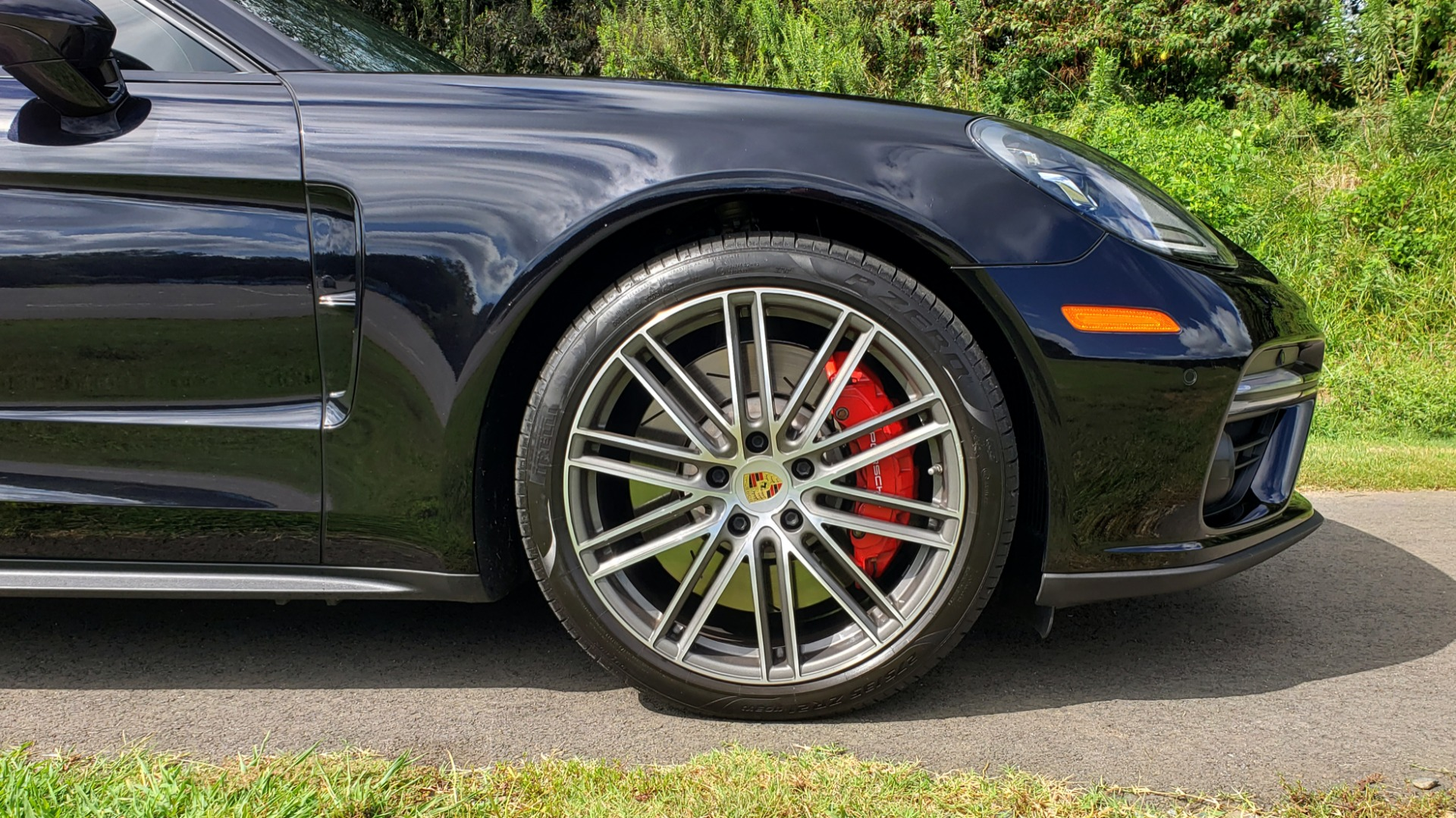 Used 2017 Porsche PANAMERA TURBO AWD / 4.0L V8 / AUTO / NAV / BOSE / REARVIEW / 21IN WHEELS for sale $98,995 at Formula Imports in Charlotte NC 28227 87