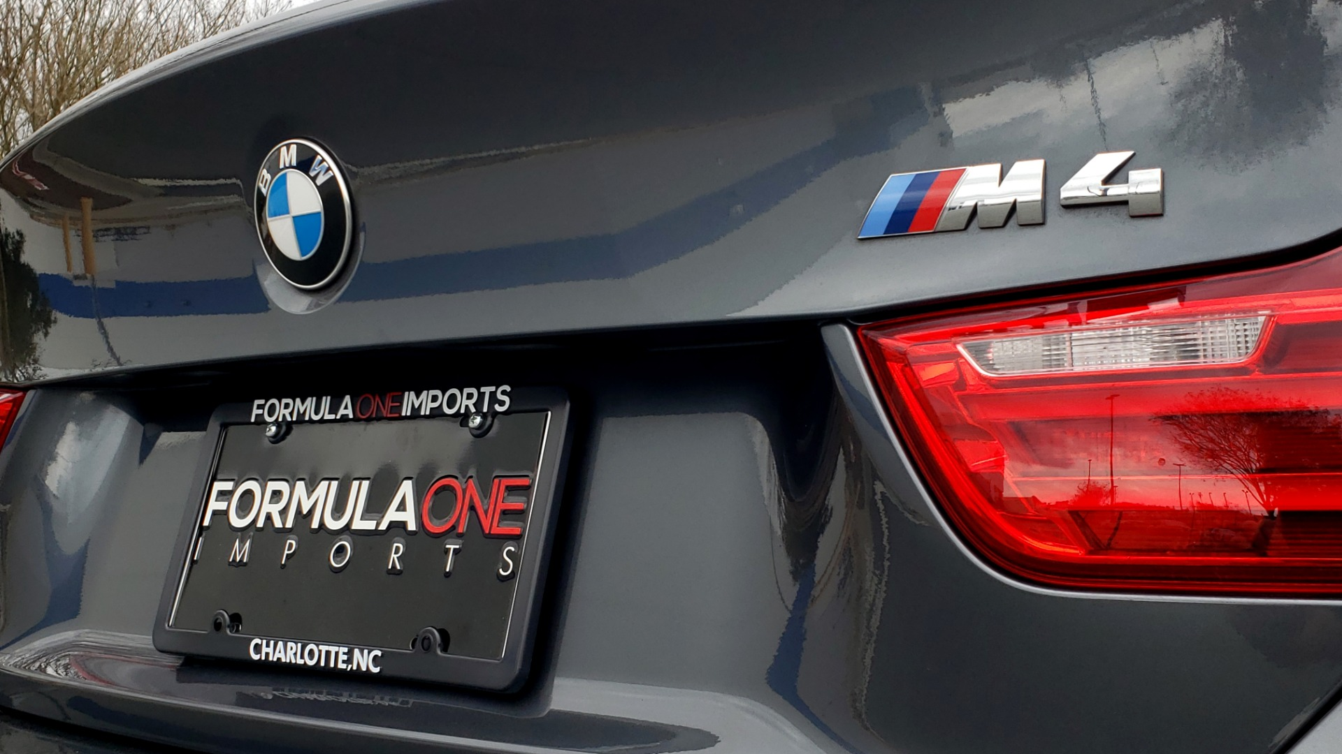 Used 2017 BMW M4 COUPE / 6-SPD MAN / NAV / CF ROOF / HTD STS for sale Sold at Formula Imports in Charlotte NC 28227 32