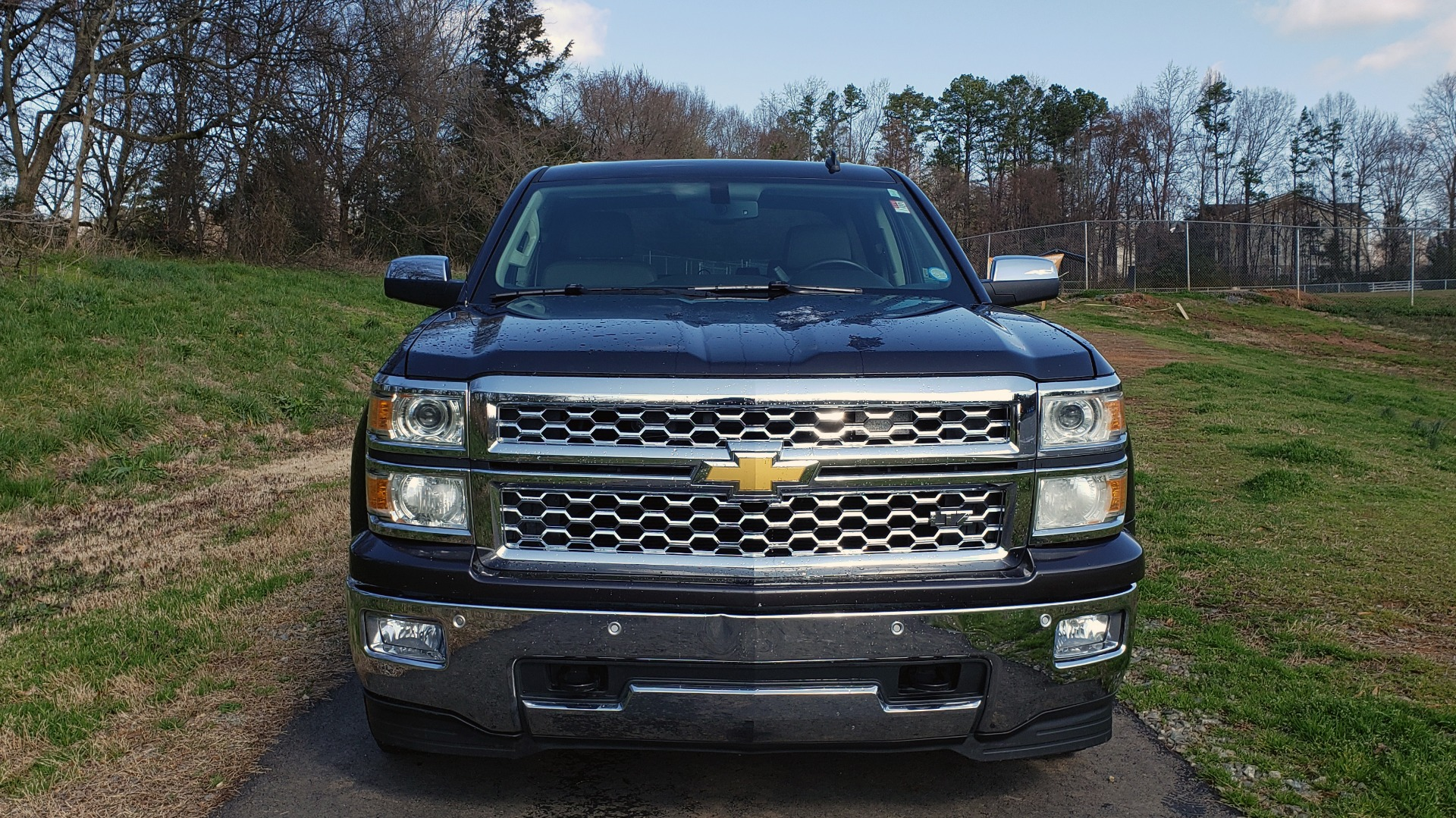 Used 2014 Chevrolet SILVERADO 1500 LTZ 4WD 1LZ / NAV / SUNROOF / REARVIEW / HITCH for sale Sold at Formula Imports in Charlotte NC 28227 11