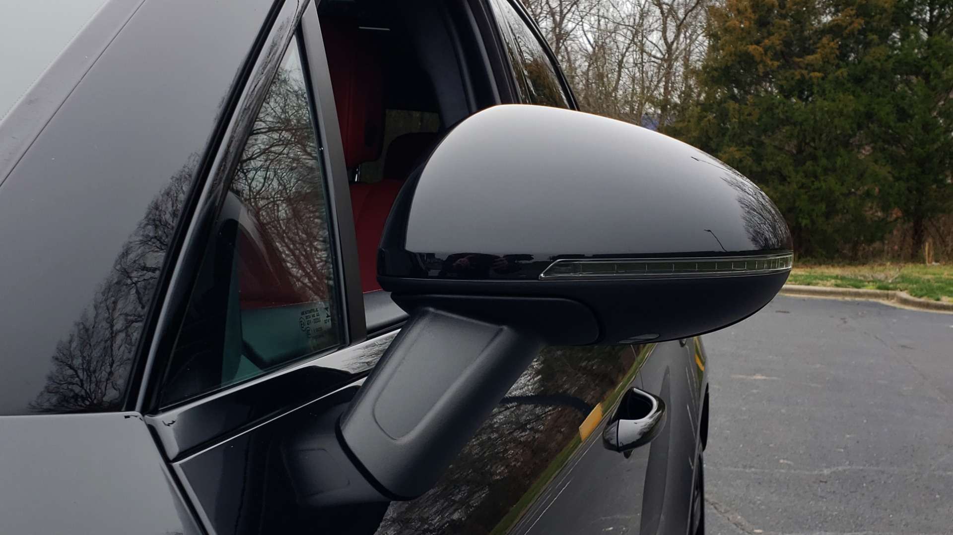 Used 2016 Porsche MACAN TURBO / PREM / NAV / PARK ASST / BOSE / PDK / CHRONO PKG for sale Sold at Formula Imports in Charlotte NC 28227 34