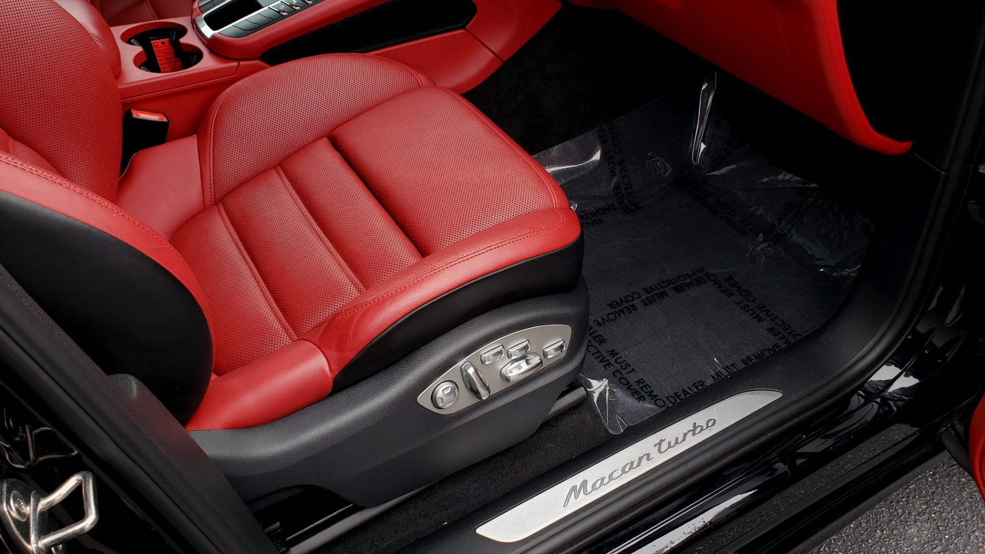 Used 2016 Porsche MACAN TURBO / PREM / NAV / PARK ASST / BOSE / PDK / CHRONO PKG for sale Sold at Formula Imports in Charlotte NC 28227 70