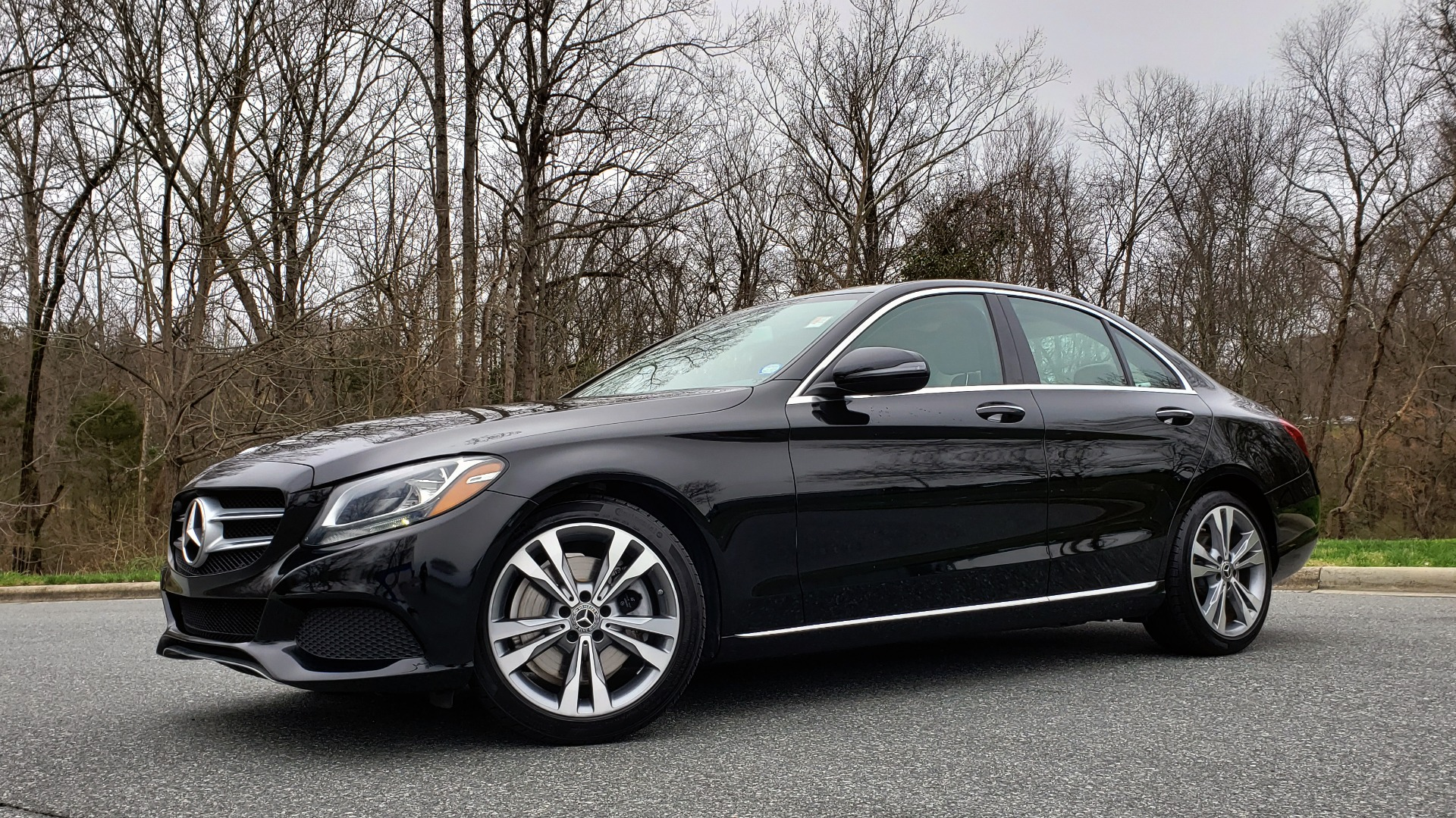 Used 2017 Mercedes-Benz C-CLASS C 300 PREMIUM / HTD STS / SUNROOF / REARVIEW for sale Sold at Formula Imports in Charlotte NC 28227 2