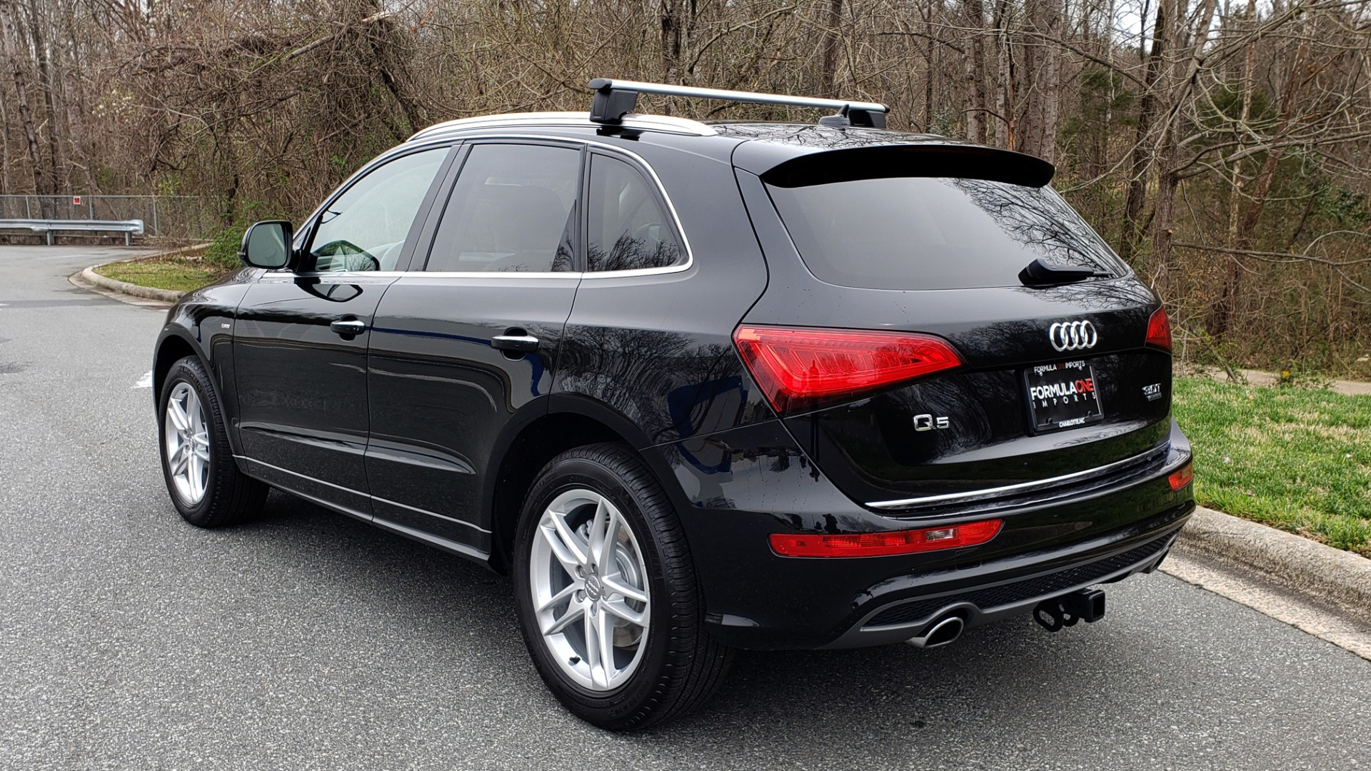 Used 2016 Audi Q5 PREMIUM PLUS / AWD / PANO-ROOF / HEATED SEATS for sale Sold at Formula Imports in Charlotte NC 28227 3