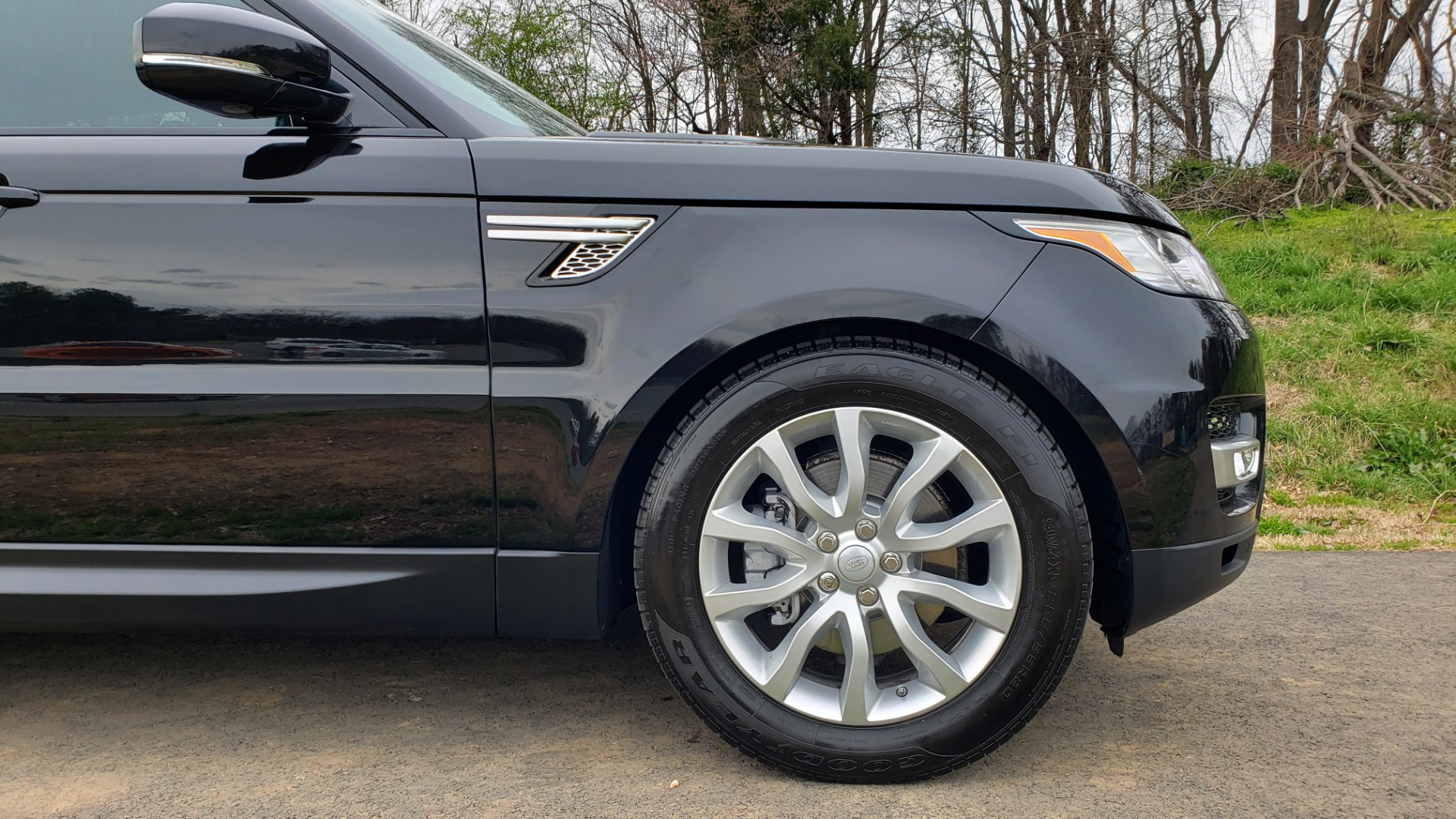 Used 2016 Land Rover RANGE ROVER SPORT V6 HSE 4WD / NAV / SUNROOF / HTD STS / REARVIEW for sale Sold at Formula Imports in Charlotte NC 28227 20