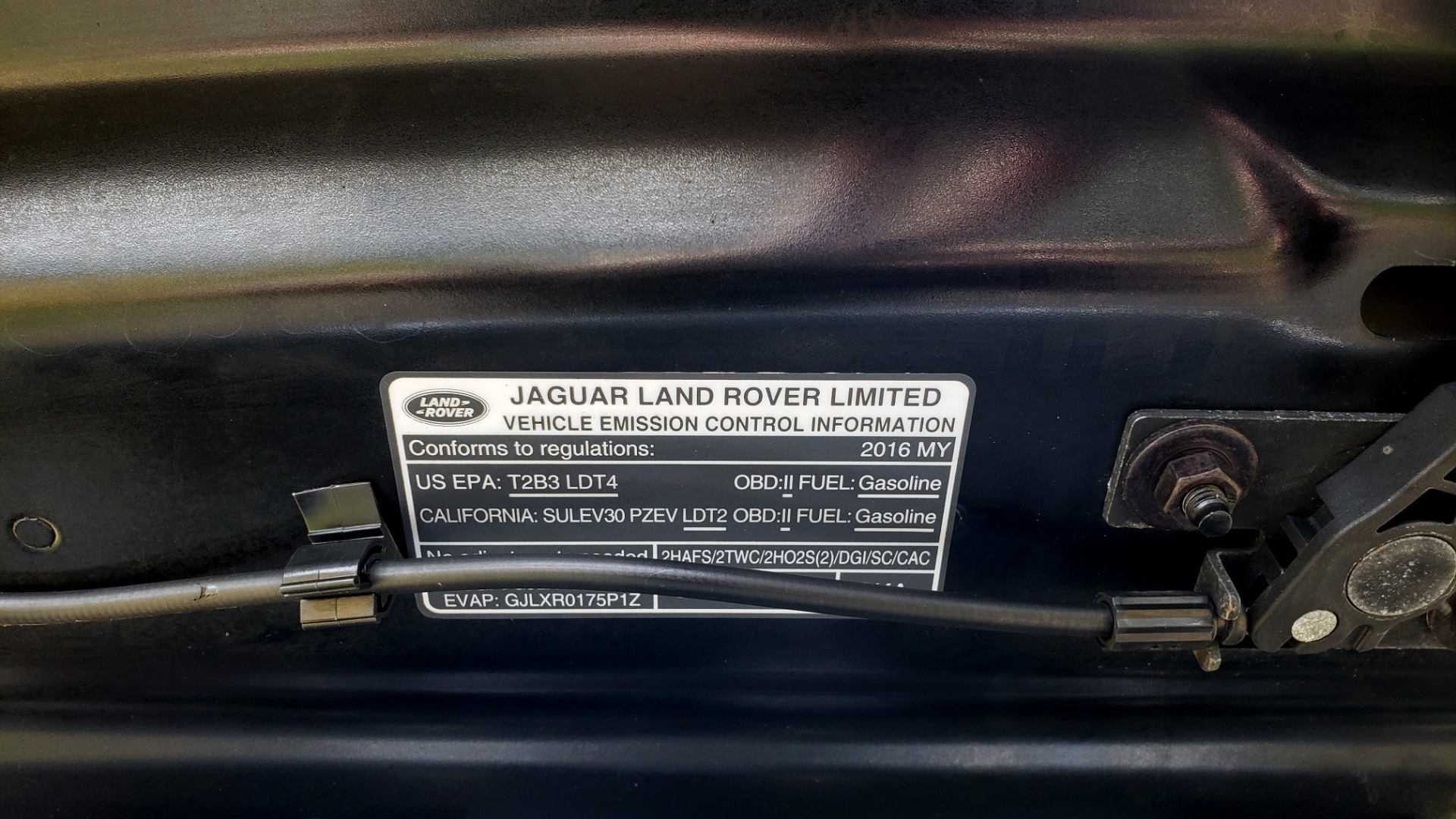 Used 2016 Land Rover RANGE ROVER SPORT V6 HSE 4WD / NAV / SUNROOF / HTD STS / REARVIEW for sale Sold at Formula Imports in Charlotte NC 28227 24