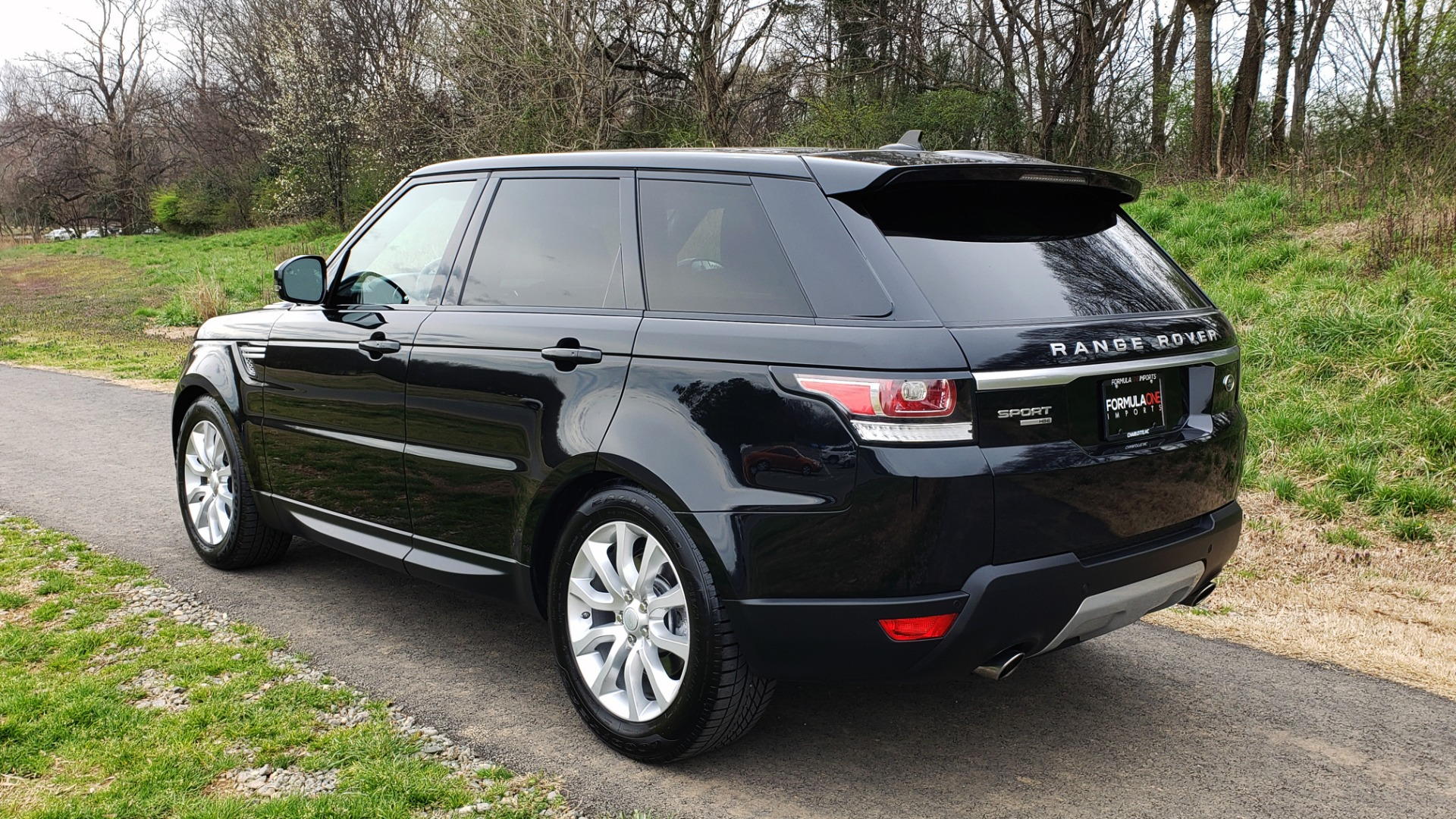 Used 2016 Land Rover RANGE ROVER SPORT V6 HSE 4WD / NAV / SUNROOF / HTD STS / REARVIEW for sale Sold at Formula Imports in Charlotte NC 28227 3