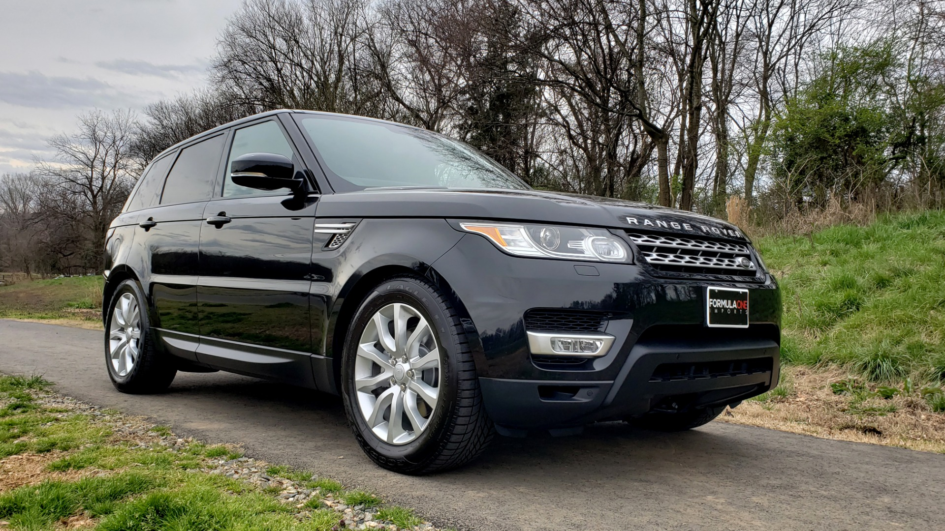 Used 2016 Land Rover RANGE ROVER SPORT V6 HSE 4WD / NAV / SUNROOF / HTD STS / REARVIEW for sale Sold at Formula Imports in Charlotte NC 28227 4