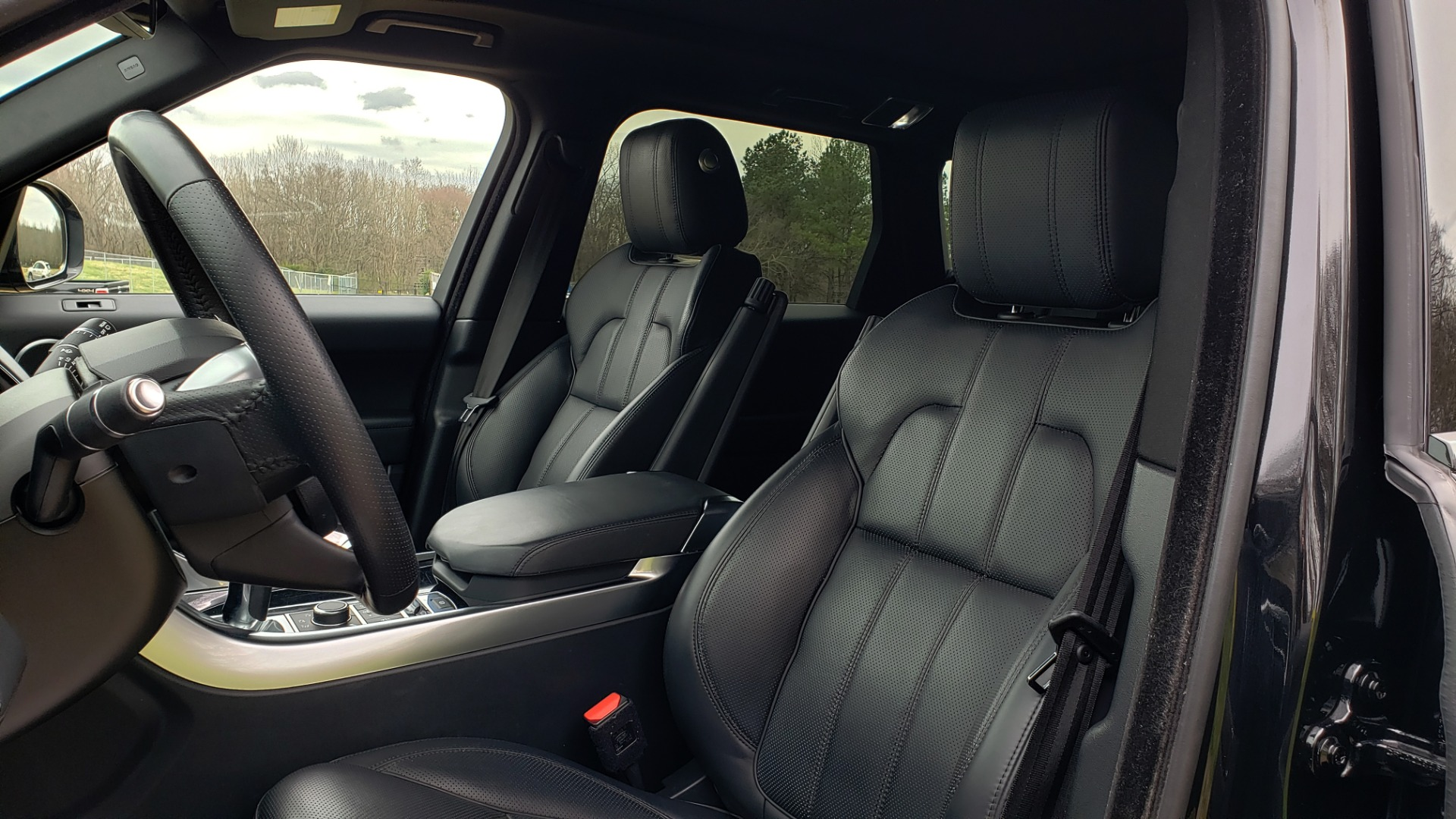 Used 2016 Land Rover RANGE ROVER SPORT V6 HSE 4WD / NAV / SUNROOF / HTD STS / REARVIEW for sale Sold at Formula Imports in Charlotte NC 28227 43