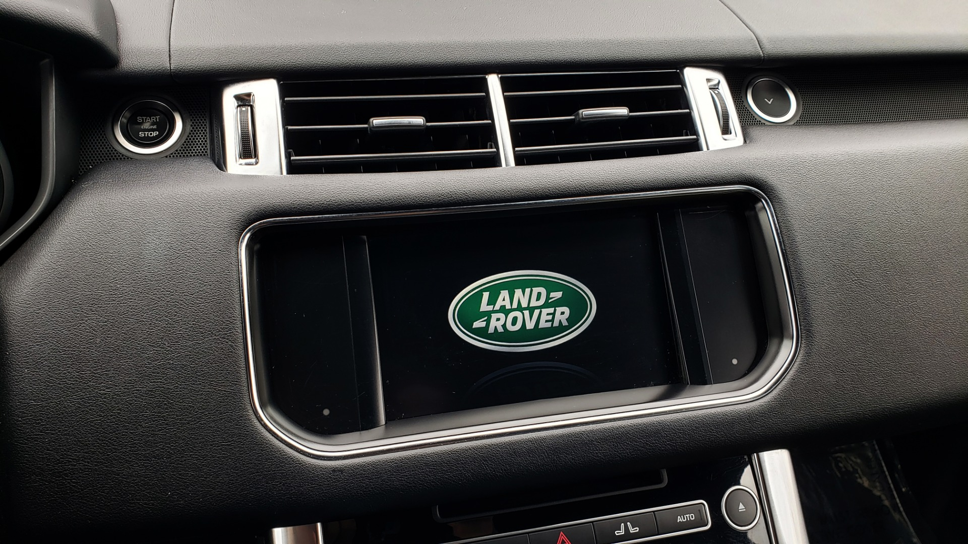 Used 2016 Land Rover RANGE ROVER SPORT V6 HSE 4WD / NAV / SUNROOF / HTD STS / REARVIEW for sale Sold at Formula Imports in Charlotte NC 28227 52