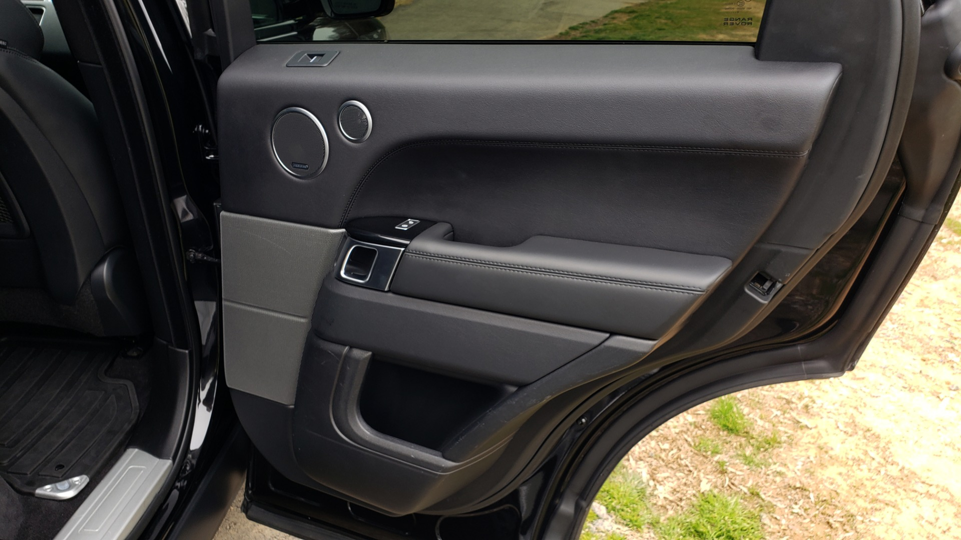 Used 2016 Land Rover RANGE ROVER SPORT V6 HSE 4WD / NAV / SUNROOF / HTD STS / REARVIEW for sale Sold at Formula Imports in Charlotte NC 28227 79
