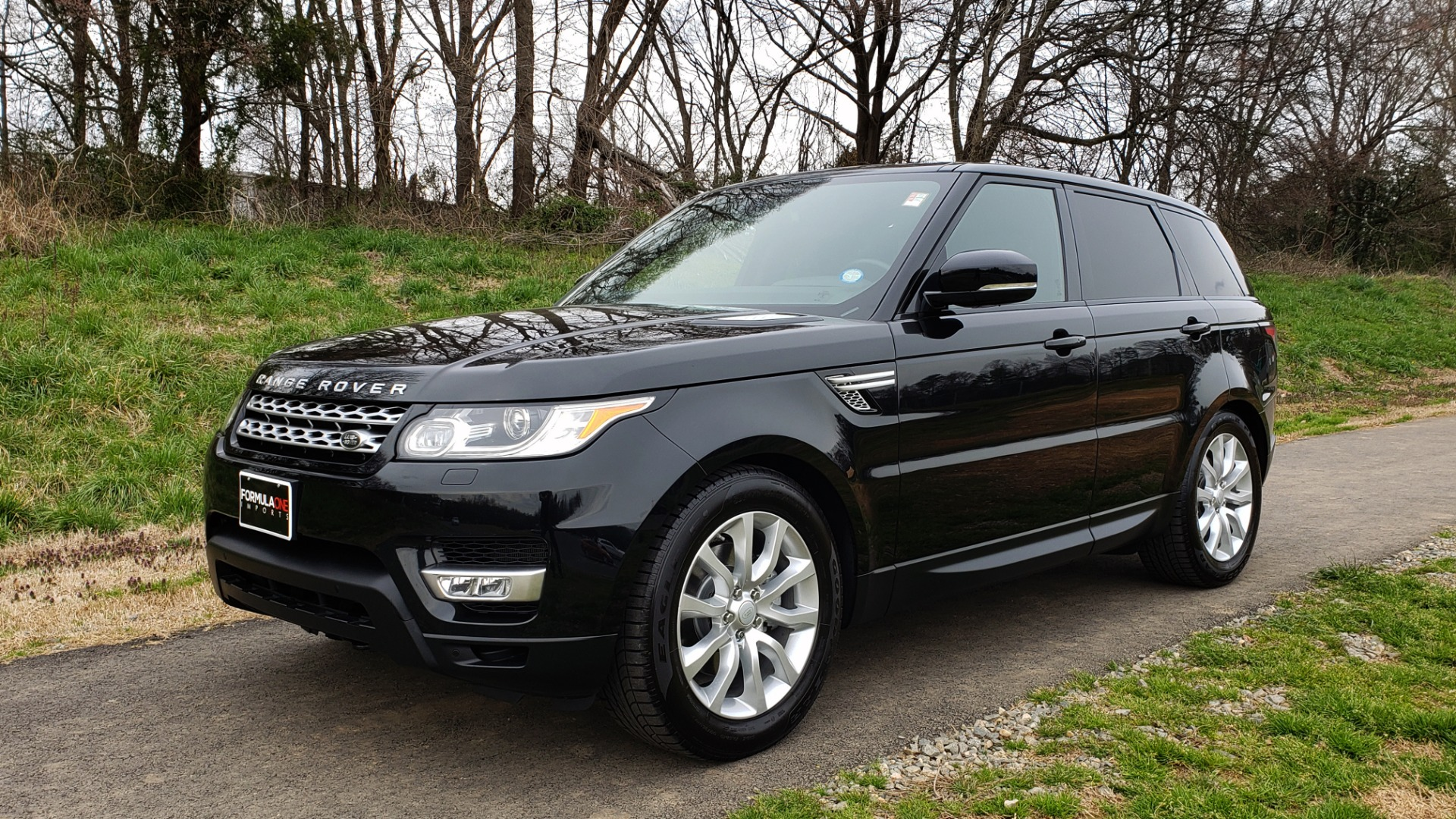 Used 2016 Land Rover RANGE ROVER SPORT V6 HSE 4WD / NAV / SUNROOF / HTD STS / REARVIEW for sale Sold at Formula Imports in Charlotte NC 28227 1