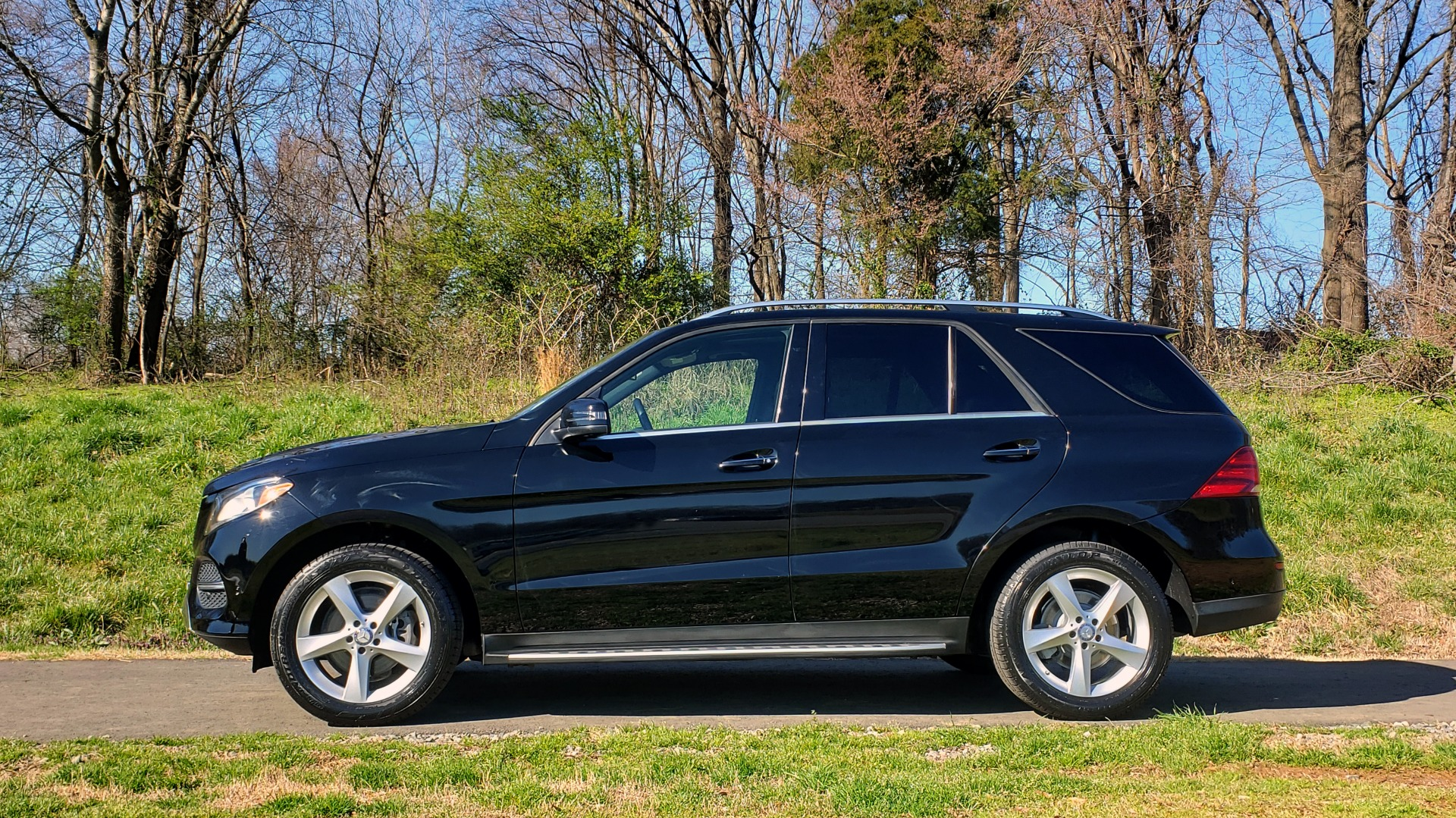 Used 2017 Mercedes-Benz GLE 350 4MATIC PREMIUM / NAV / SUNROOF / REARVIEW / PARK ASST for sale Sold at Formula Imports in Charlotte NC 28227 2