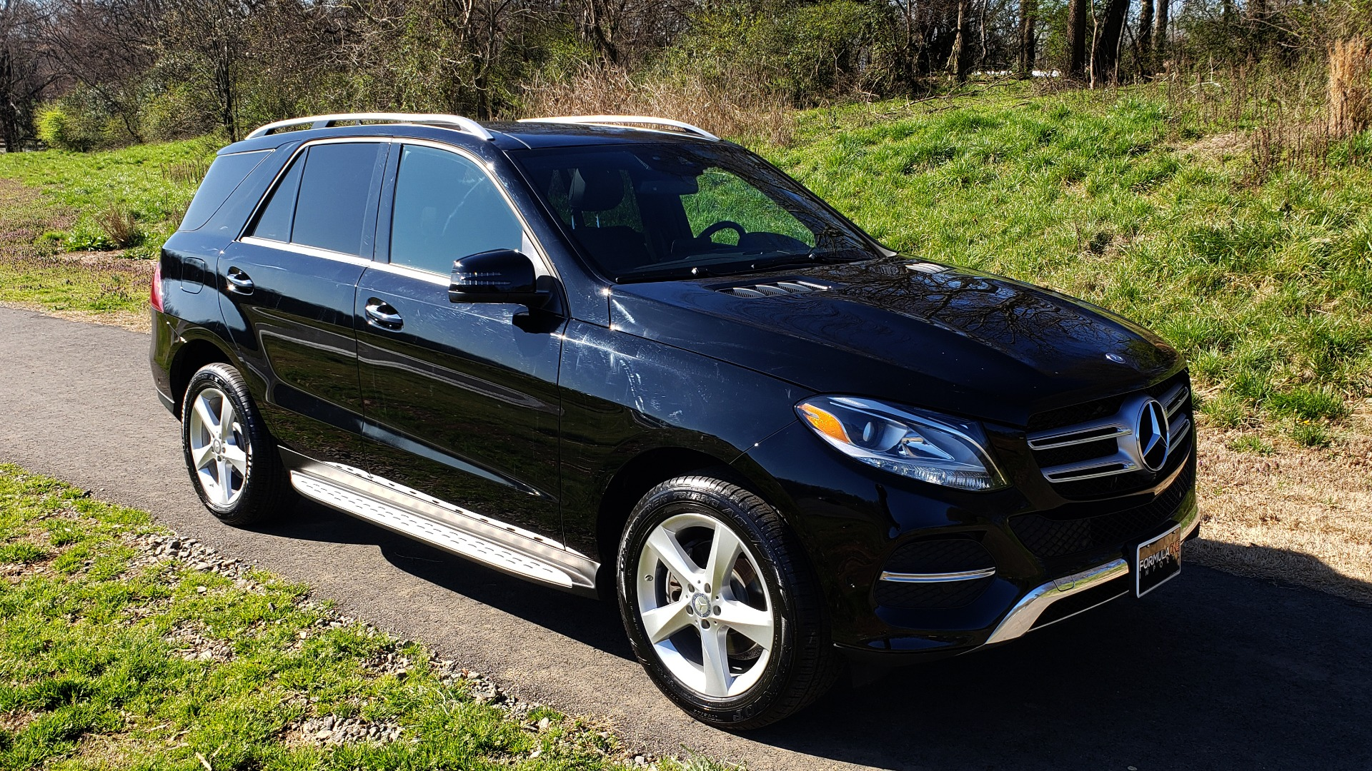 Used 2017 Mercedes-Benz GLE 350 4MATIC PREMIUM / NAV / SUNROOF / REARVIEW / PARK ASST for sale Sold at Formula Imports in Charlotte NC 28227 4