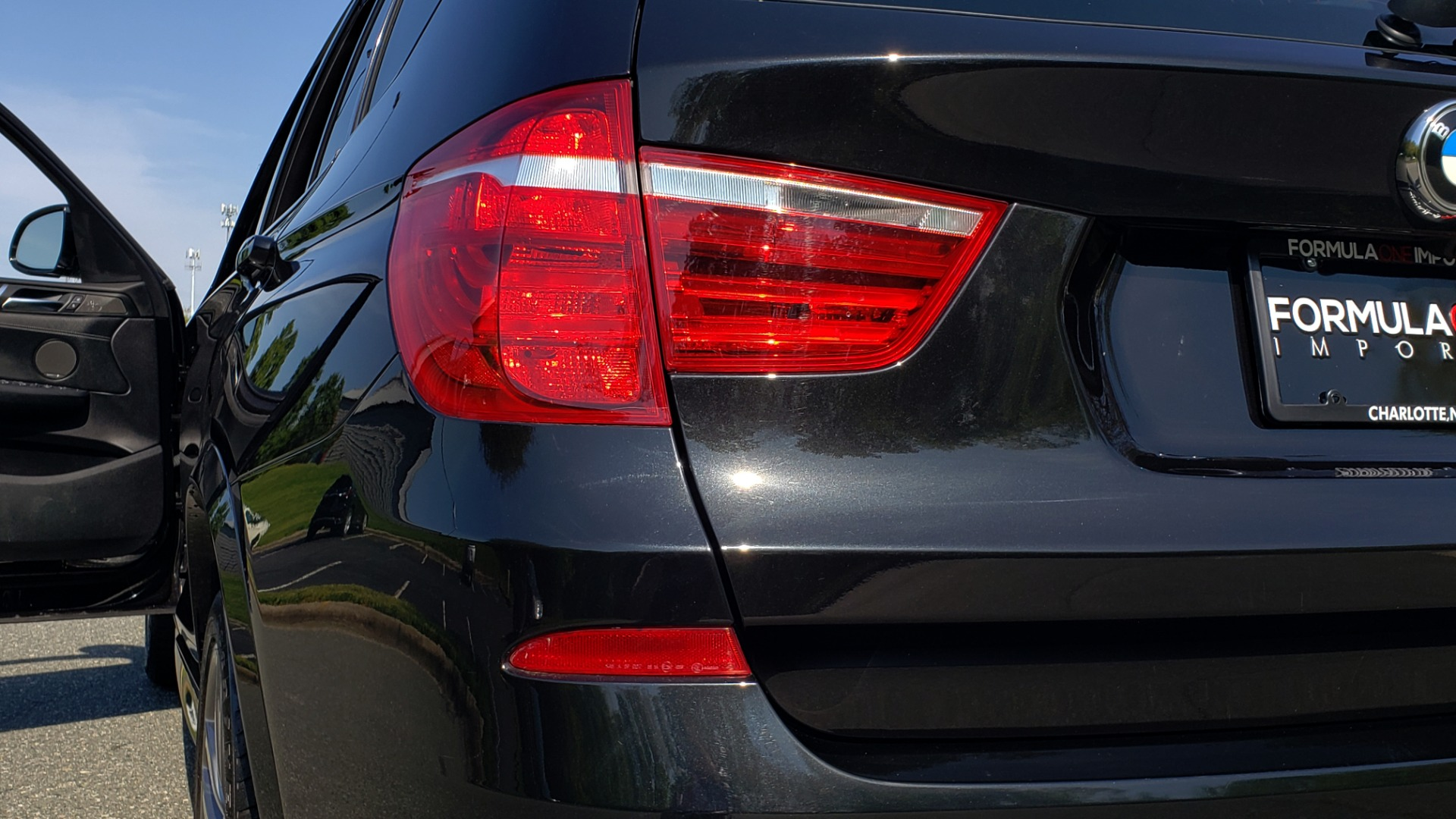 Used 2017 BMW X3 XDRIVE35I / M-SPORT / DRVR ASST / CLD WTHR / NAV / ROOF / HTD STS for sale Sold at Formula Imports in Charlotte NC 28227 21