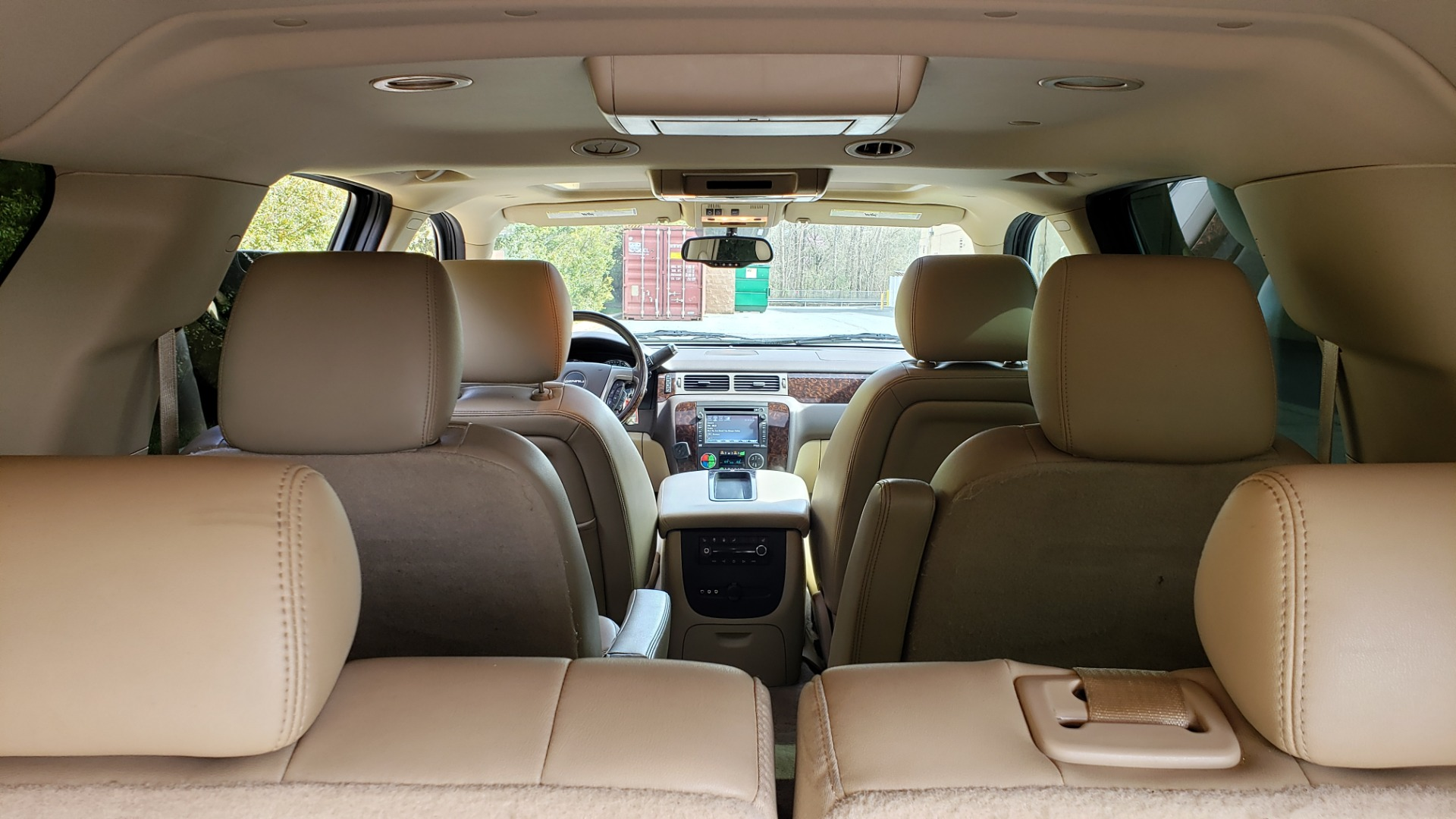Used 2012 GMC YUKON XL DENALI AWD / NAV / SUN & ENT PKG / SUNROOF / REARVIEW / 3-ROW for sale Sold at Formula Imports in Charlotte NC 28227 16
