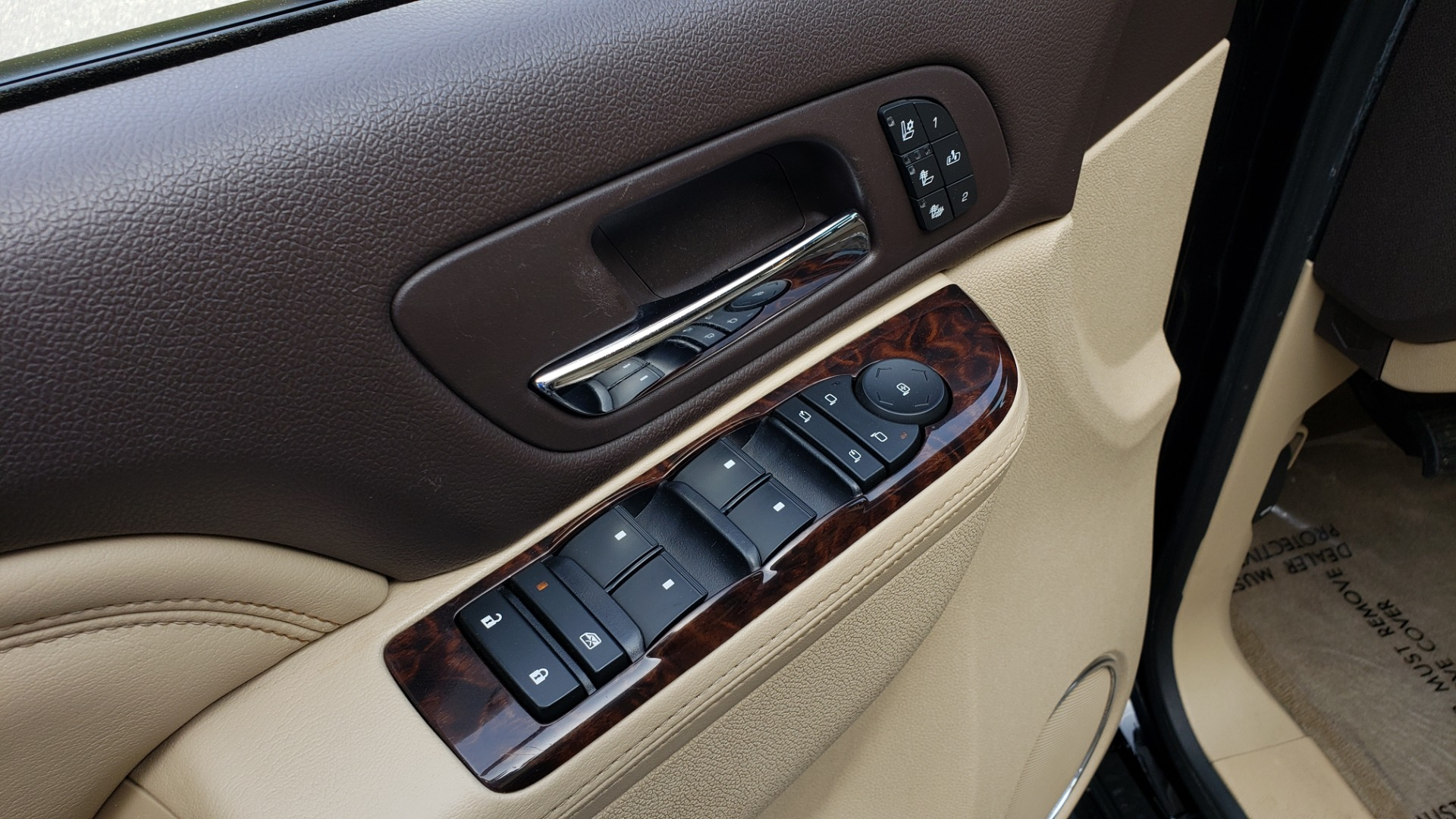 Used 2012 GMC YUKON XL DENALI AWD / NAV / SUN & ENT PKG / SUNROOF / REARVIEW / 3-ROW for sale Sold at Formula Imports in Charlotte NC 28227 31