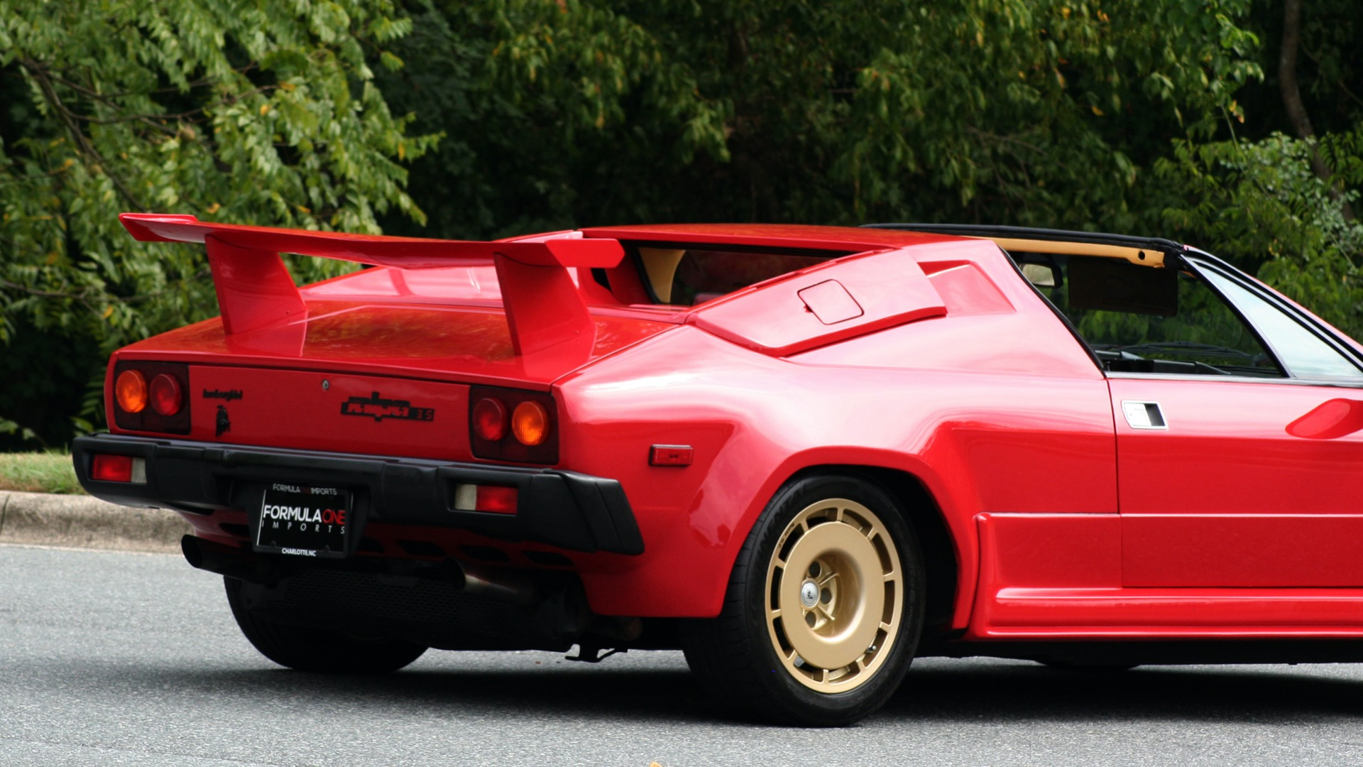 Used 1988 Lamborghini Jalpa 3.5 / 5-Speed Man / Low Miles / Excellent Condition for sale $108,995 at Formula Imports in Charlotte NC 28227 10